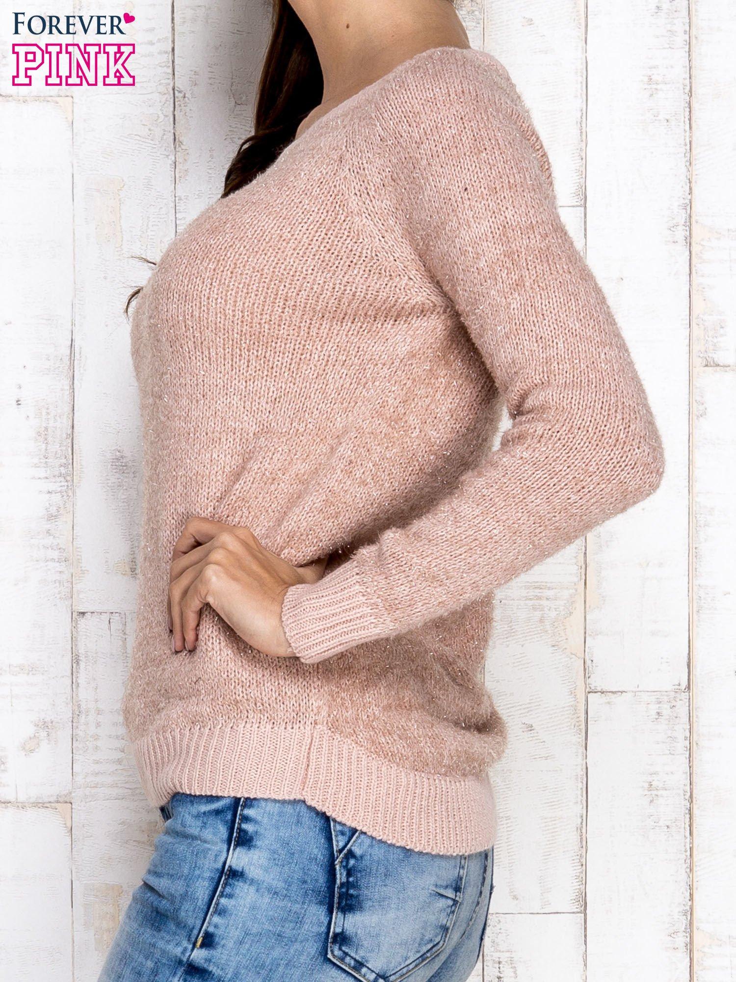 Morelowy sweter z błyszczącą nitką                                  zdj.                                  3