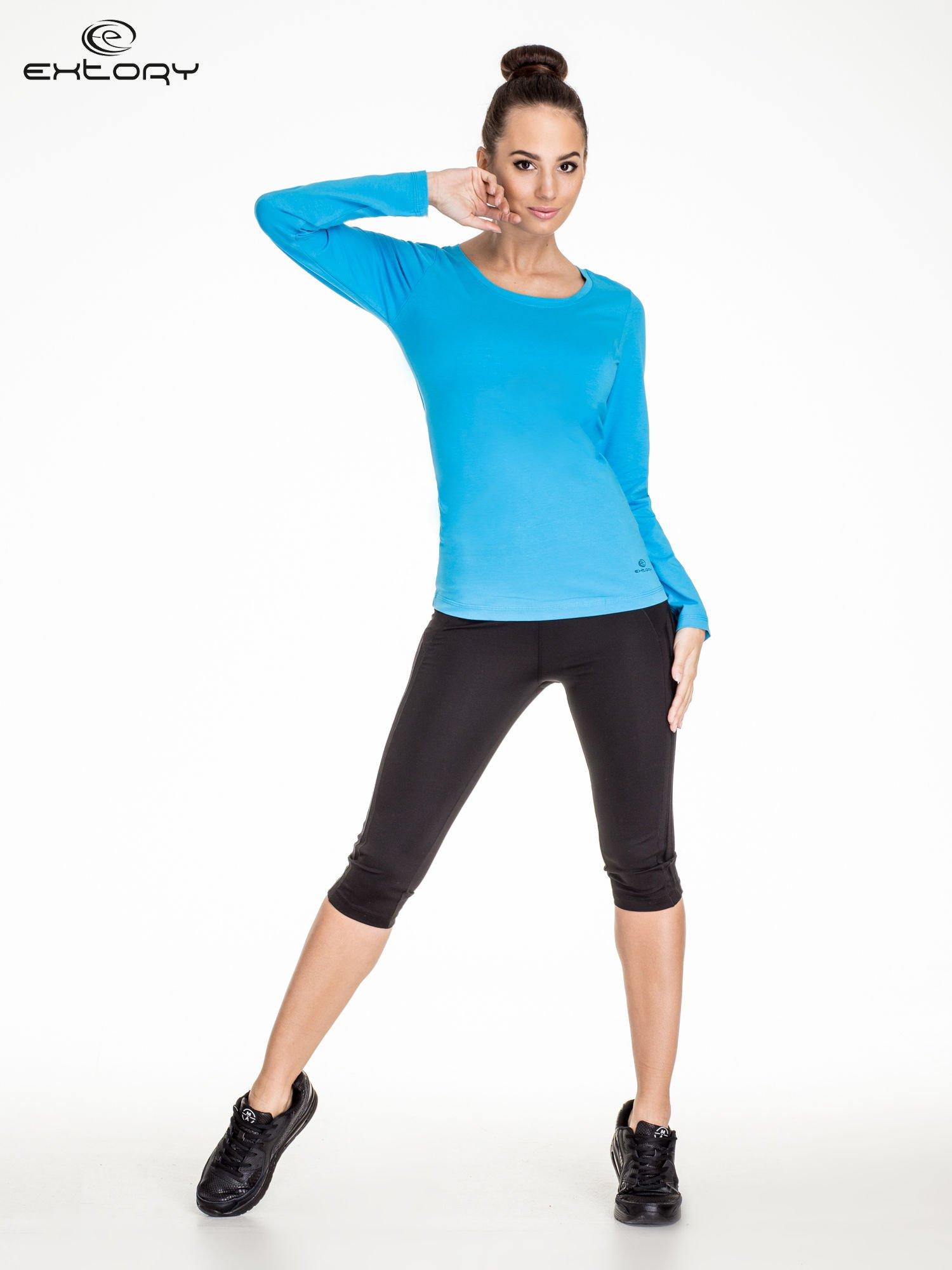 Niebieska bluzka sportowa basic PLUS SIZE                                  zdj.                                  2