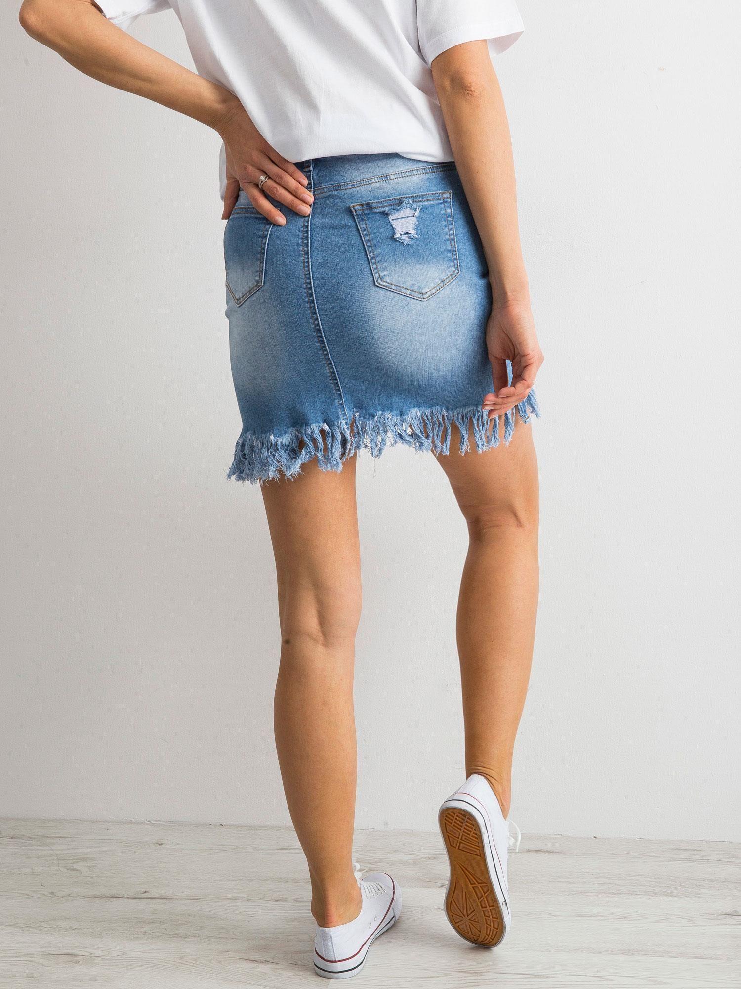 Niebieska spódnica z denimu