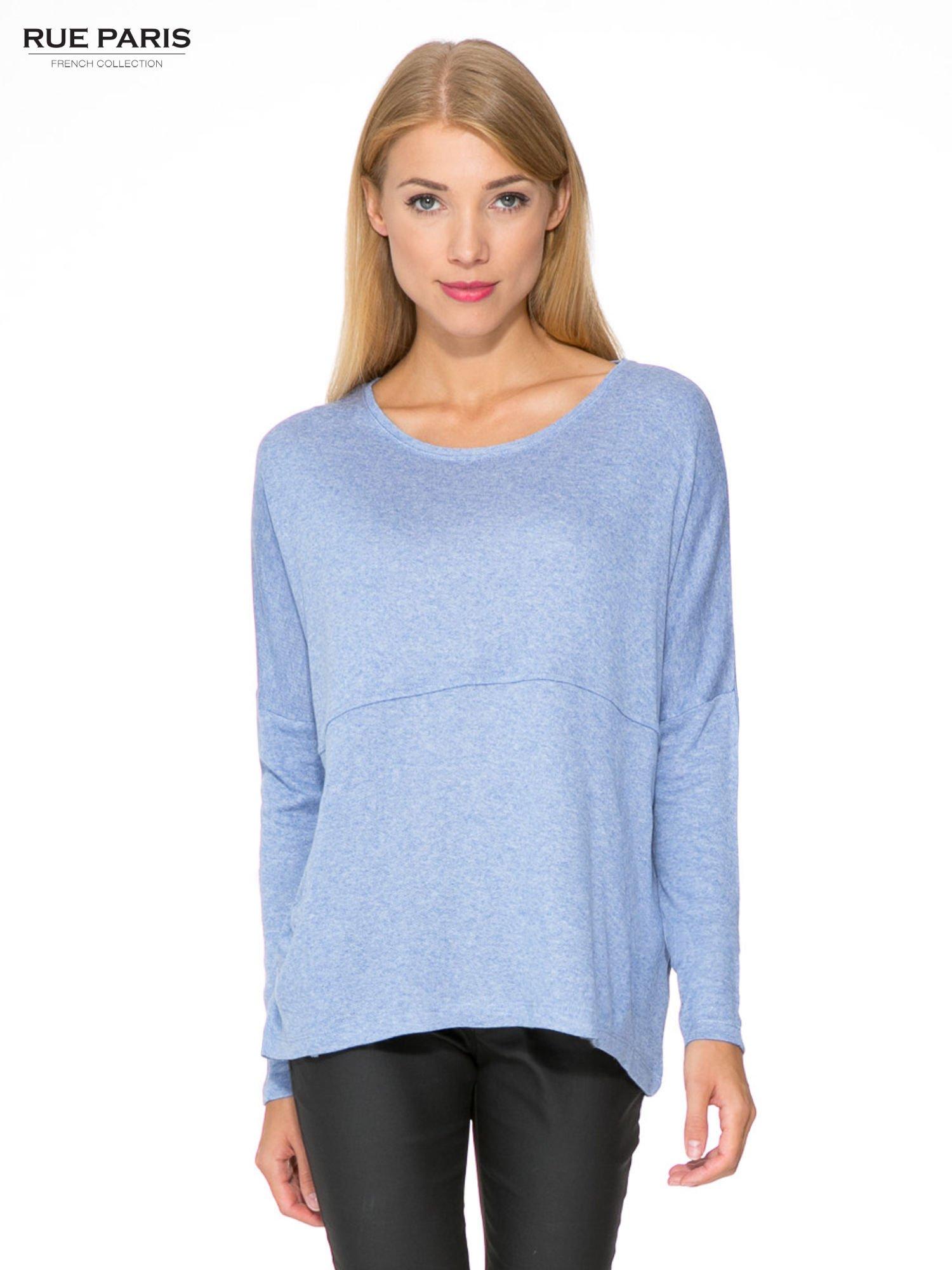 Niebieska dresowa bluza oversize z kieszeniami                                  zdj.                                  1