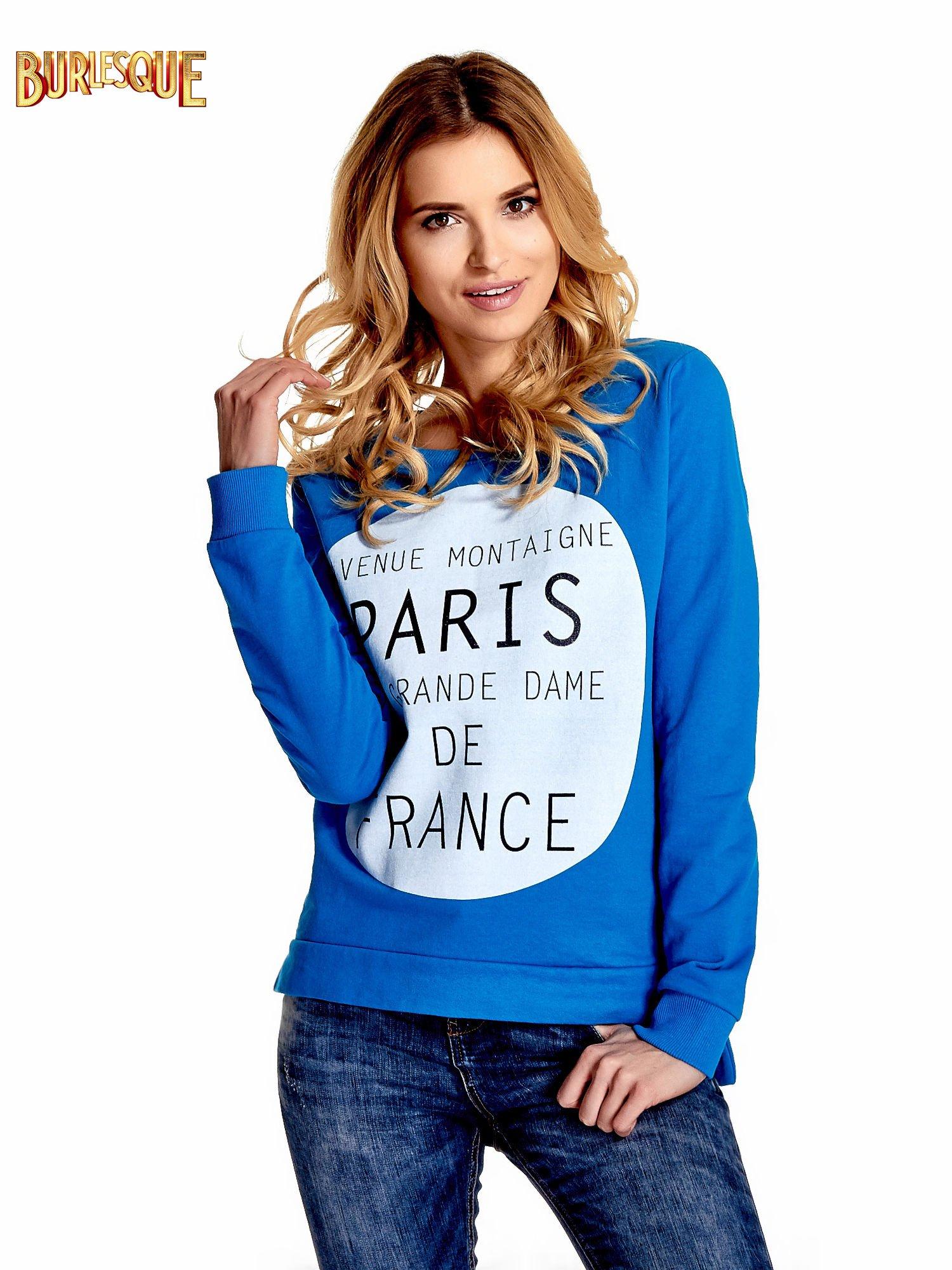 Niebieska klasyczna bluza damska z napisem AVENUE MONTAIGNE                                  zdj.                                  1