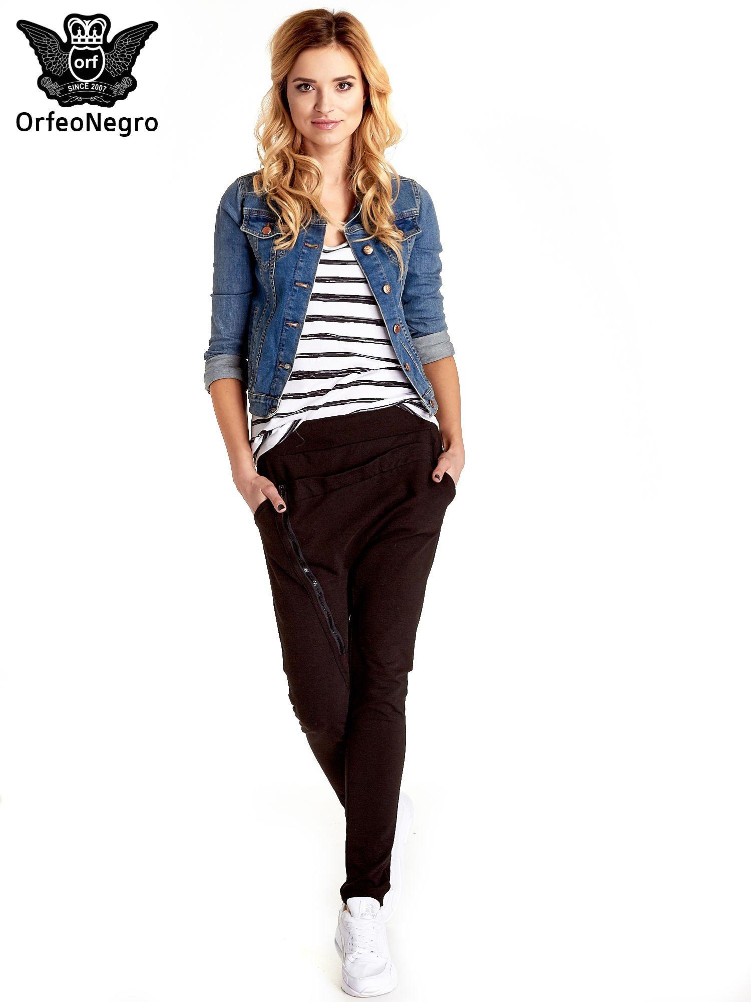 Niebieska klasyczna kurtka jeansowa damska                                  zdj.                                  9