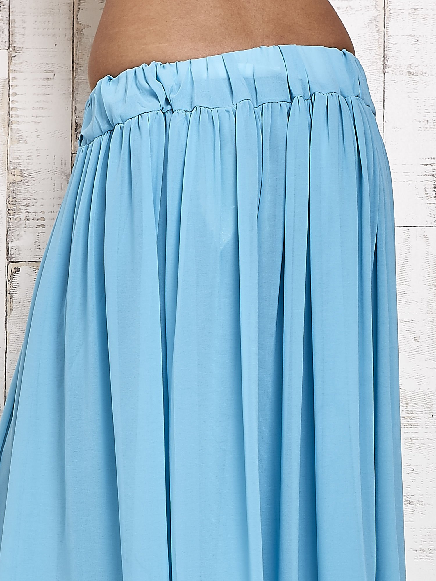 Niebieska spódnica maxi na gumkę w pasie                                  zdj.                                  5