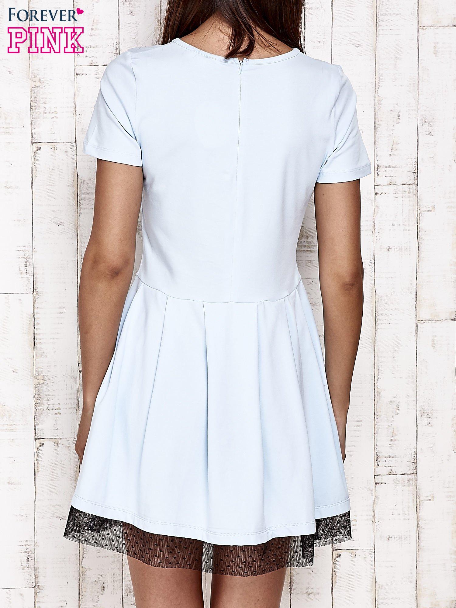 Niebieska sukienka dresowa z tiulem w groszki                                  zdj.                                  5