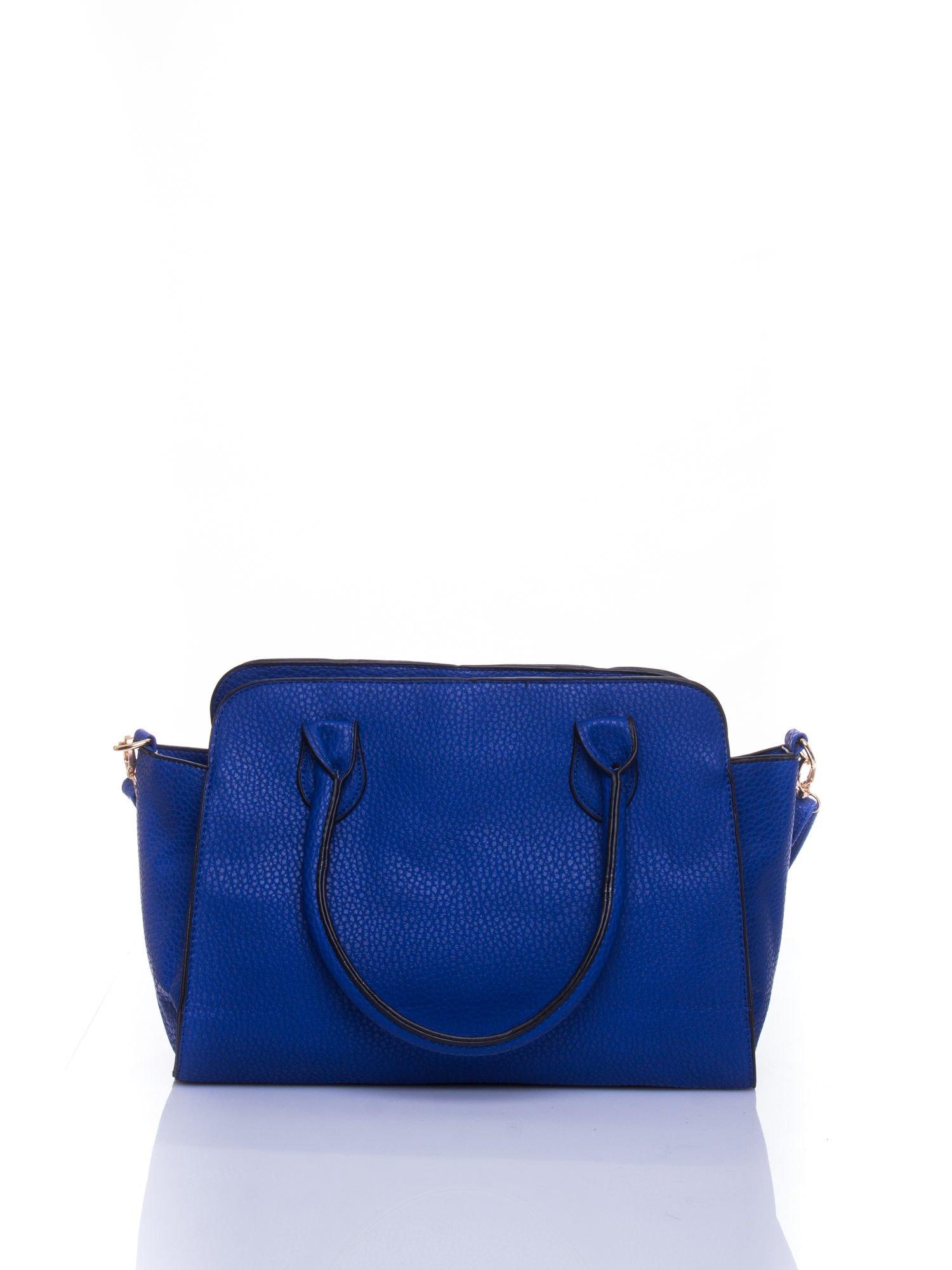 Niebieska torba shopper bag z zawieszką                                  zdj.                                  3