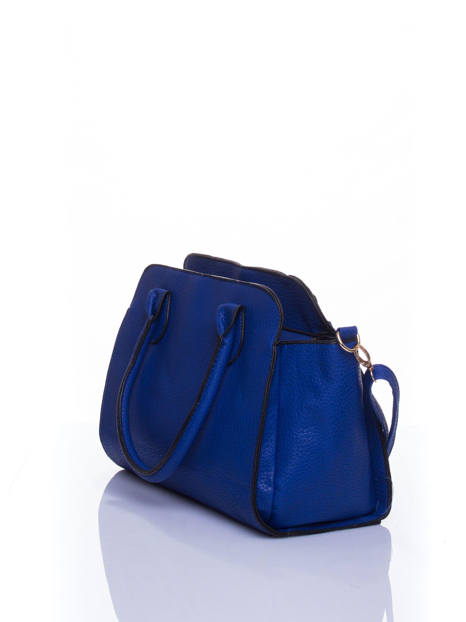 Niebieska torba shopper bag z zawieszką                                  zdj.                                  4