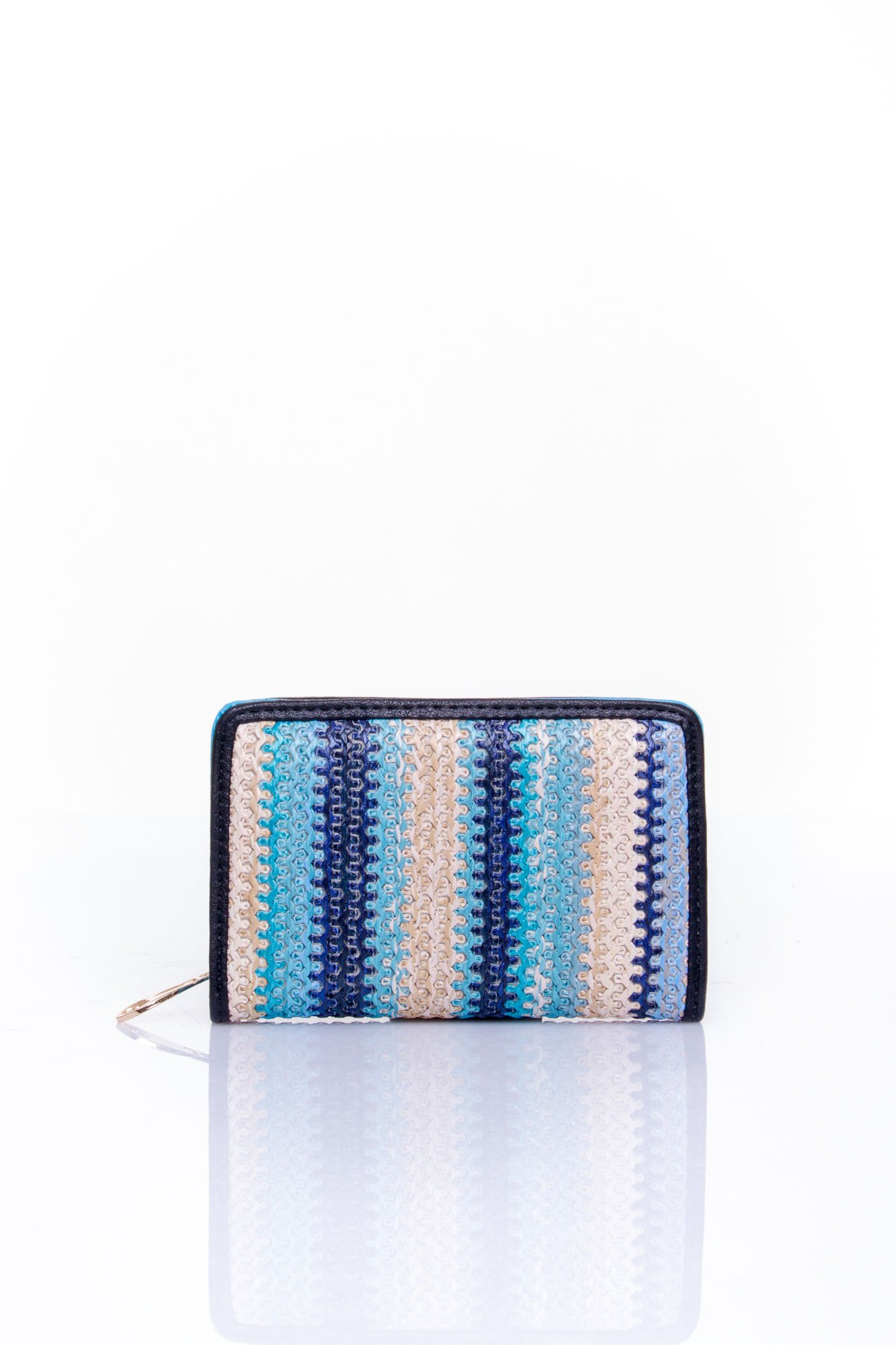 Niebieski portfel z granatowym plecionkowym wykończeniem                                  zdj.                                  1