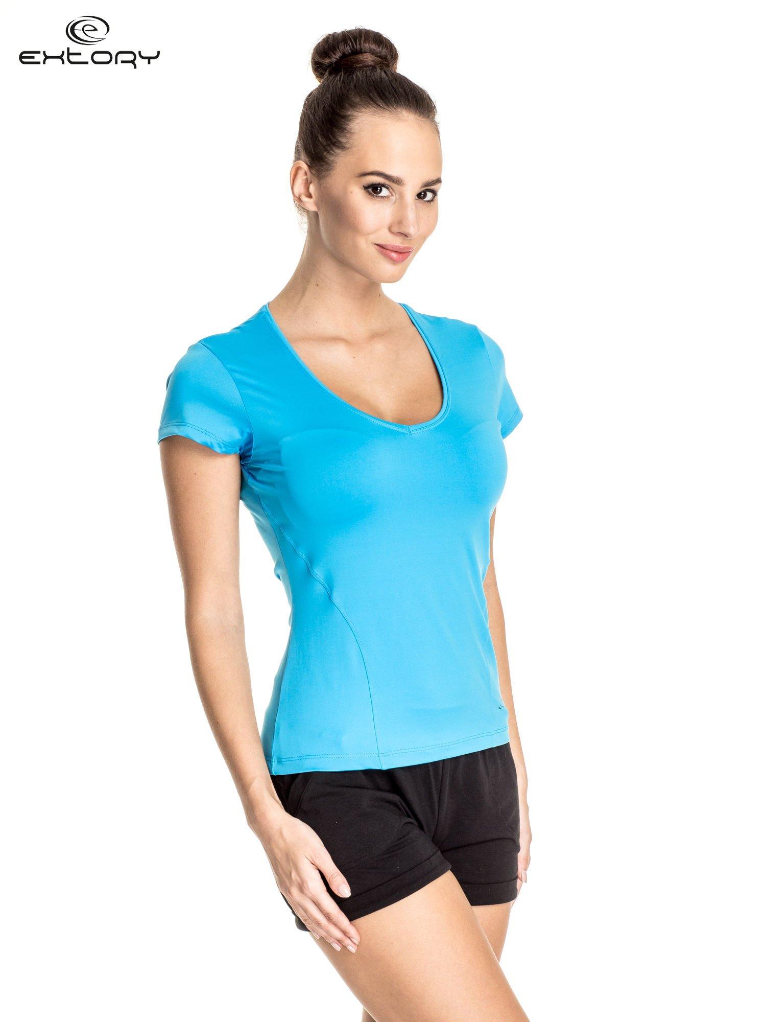 Niebieski t-shirt sportowy z dekoltem U                                  zdj.                                  3