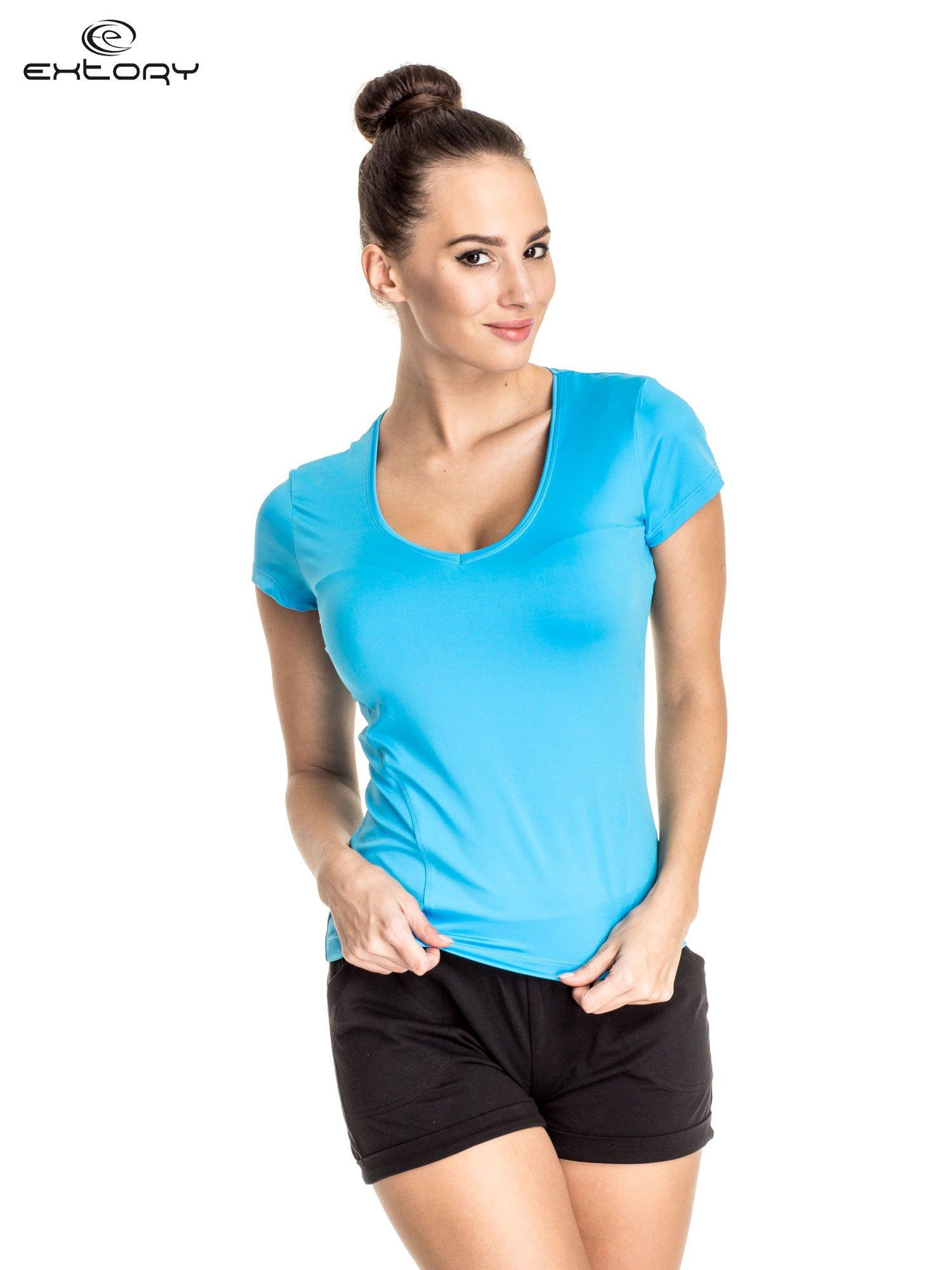 Niebieski t-shirt sportowy z dekoltem U                                  zdj.                                  1