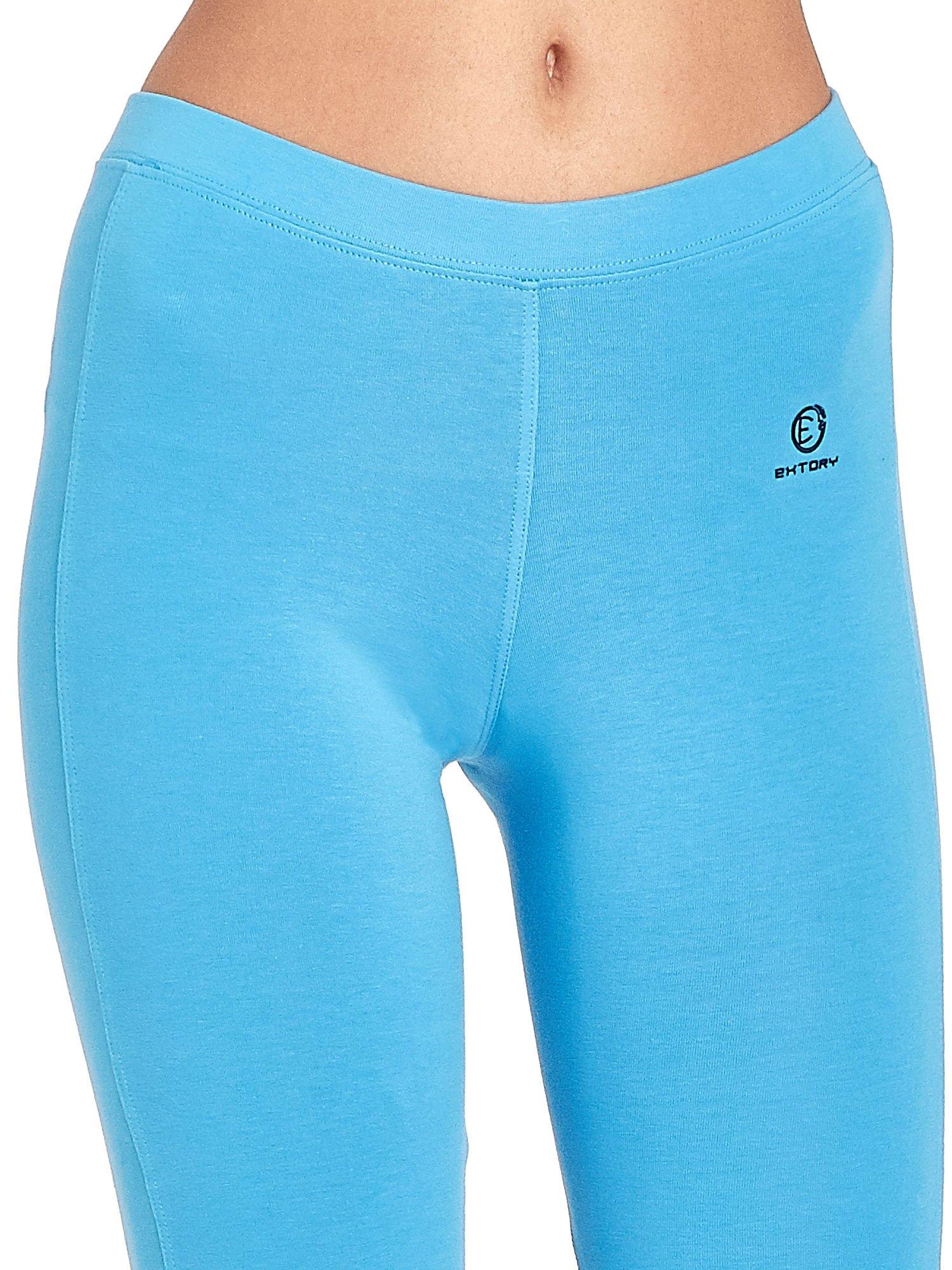 Niebieskie legginsy sportowe termalne z drapowaniem                                  zdj.                                  4