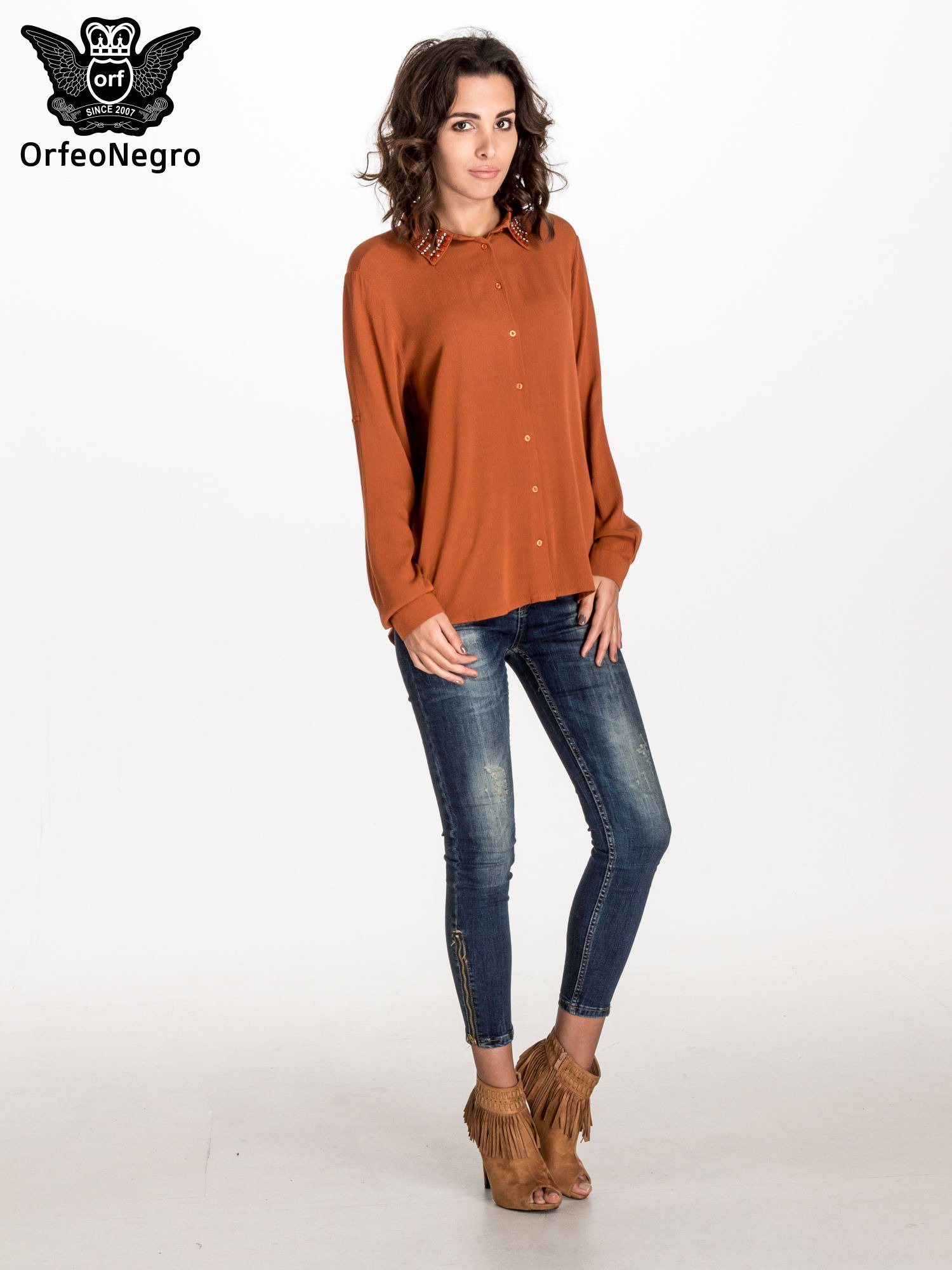 Pomarańczowa koszula z kołnierzykiem zdobionym kamieniami                                  zdj.                                  3