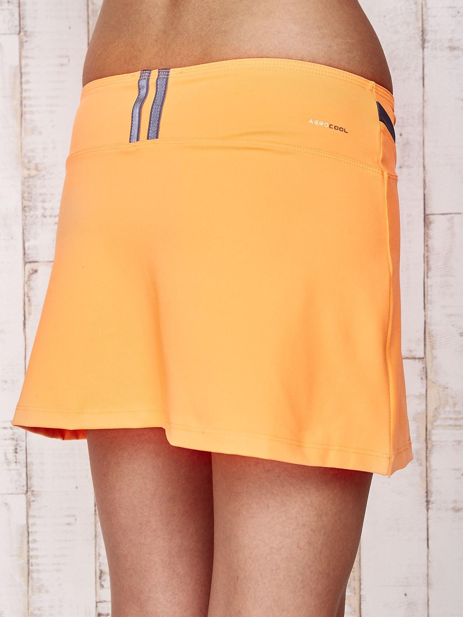 Pomarańczowe spodenki spódniczka tenisowa z szarymi wstawkami                                  zdj.                                  8