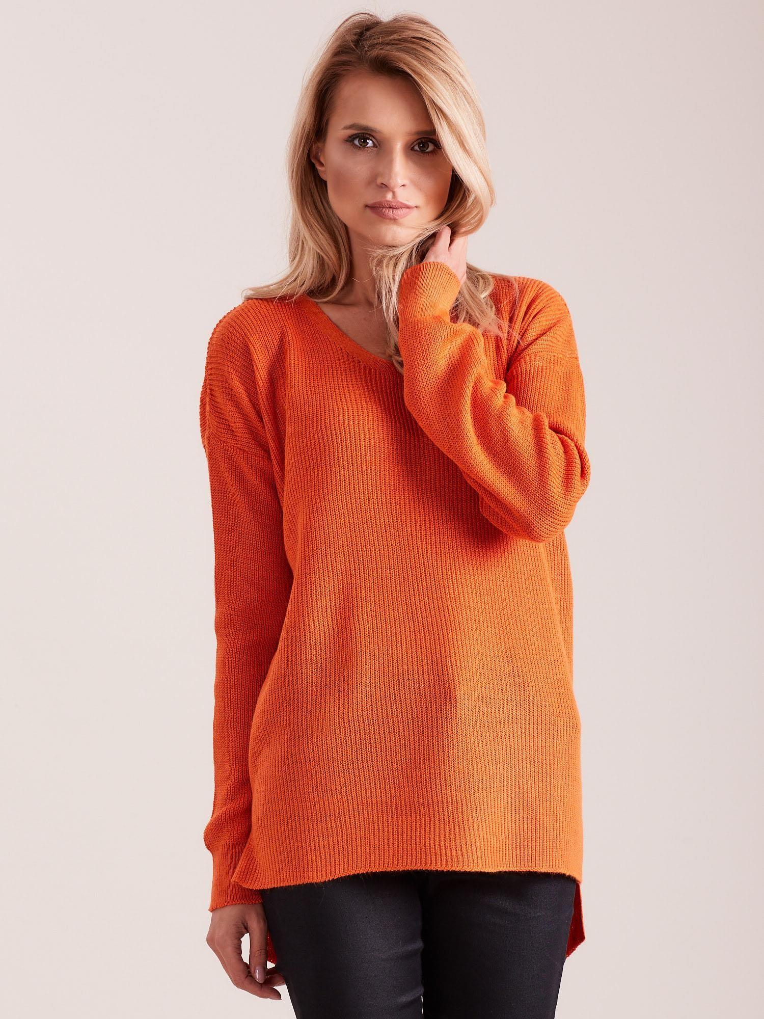 c658980626 Pomarańczowy sweter damski w serek - Sweter oversize - sklep eButik.pl