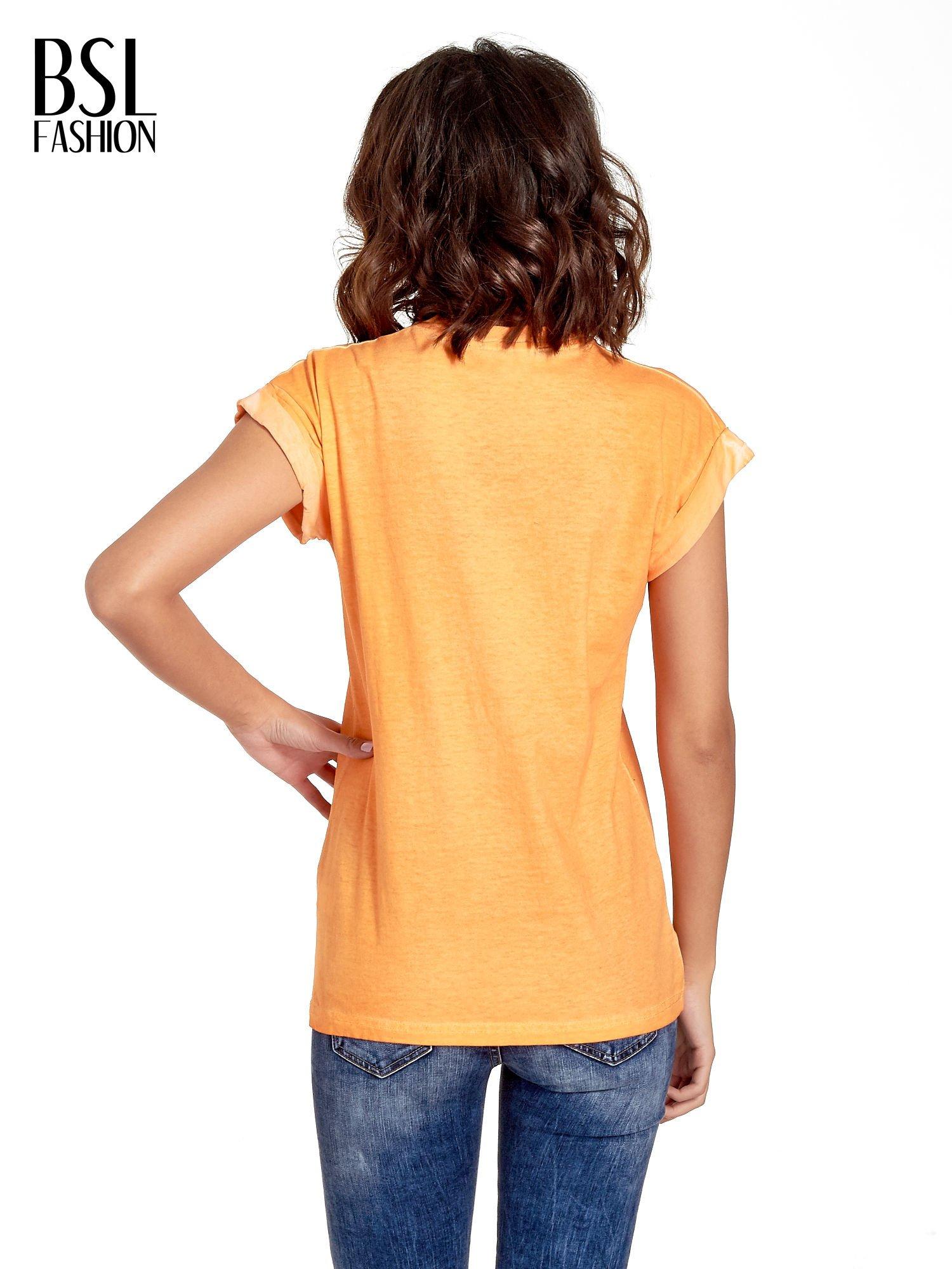 Pomarańczowy t-shirt z nadrukiem GUNS N' ROSES                                  zdj.                                  4
