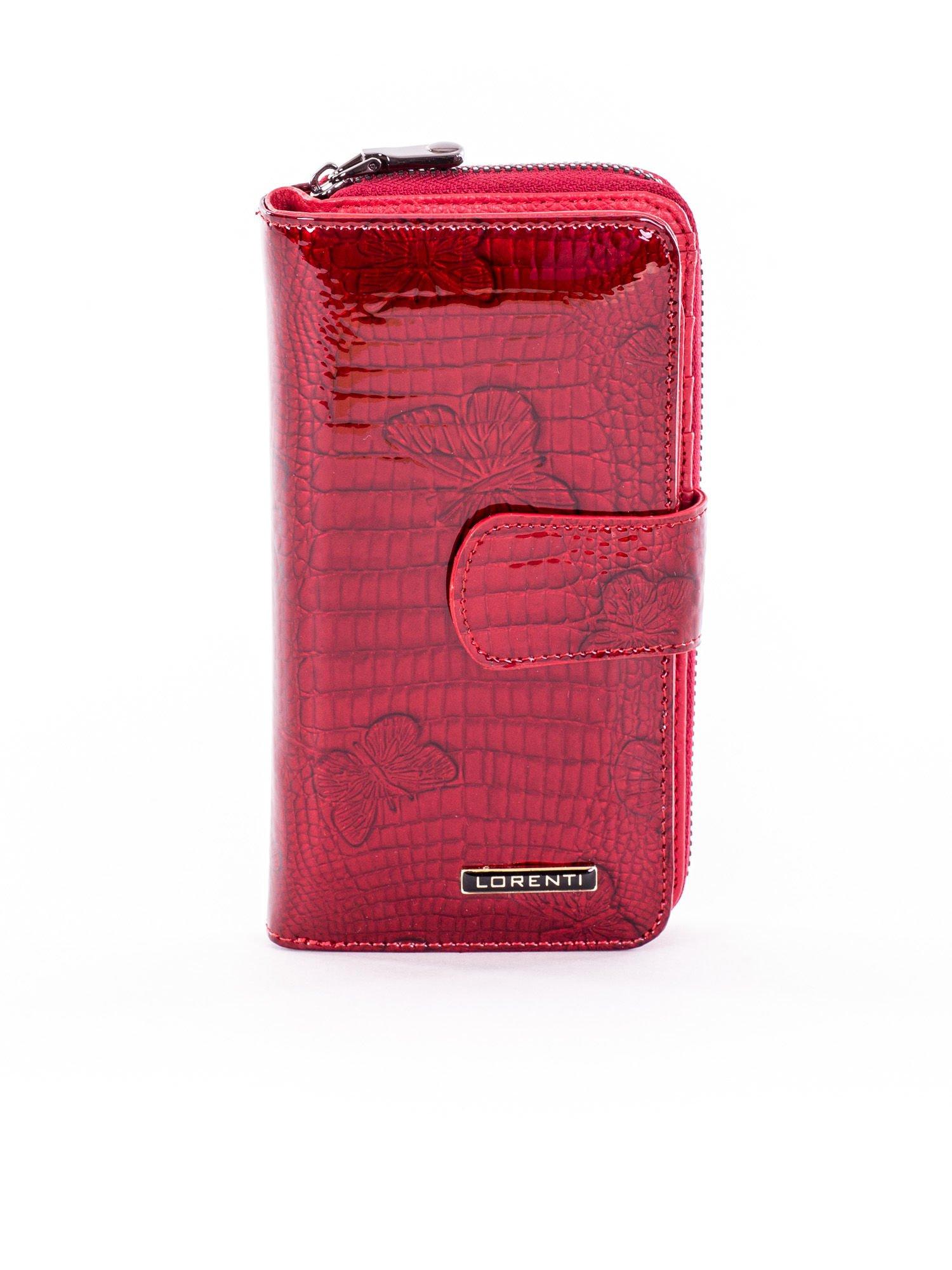 2f252423fe637 Portfel damski czerwony lakierowany z motywem motyli - Akcesoria portfele -  sklep eButik.pl