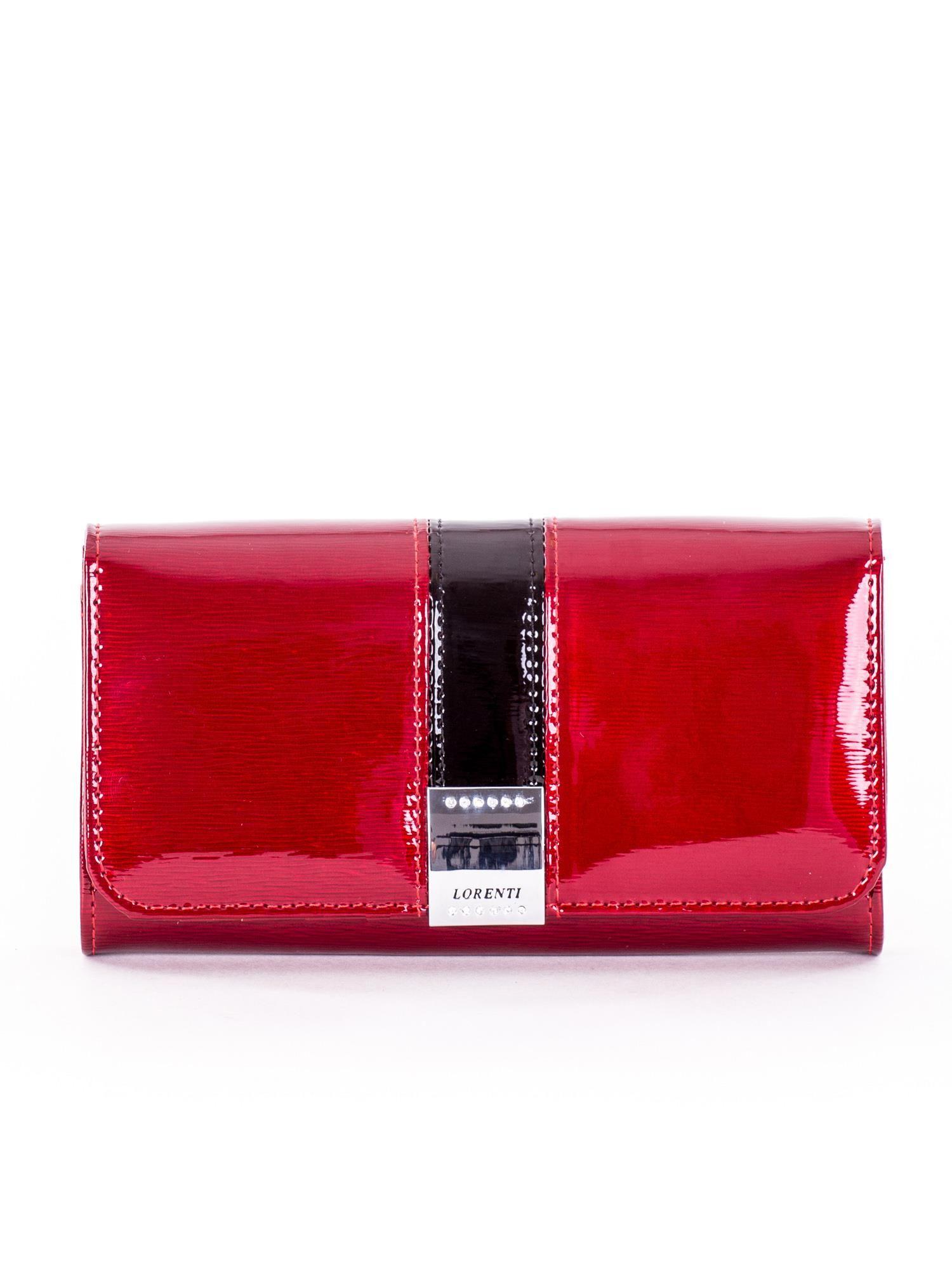 8d697539a0ca6 Portfel damski lakierowany czerwony z ozdobnym zapięciem - Akcesoria  portfele - sklep eButik.pl