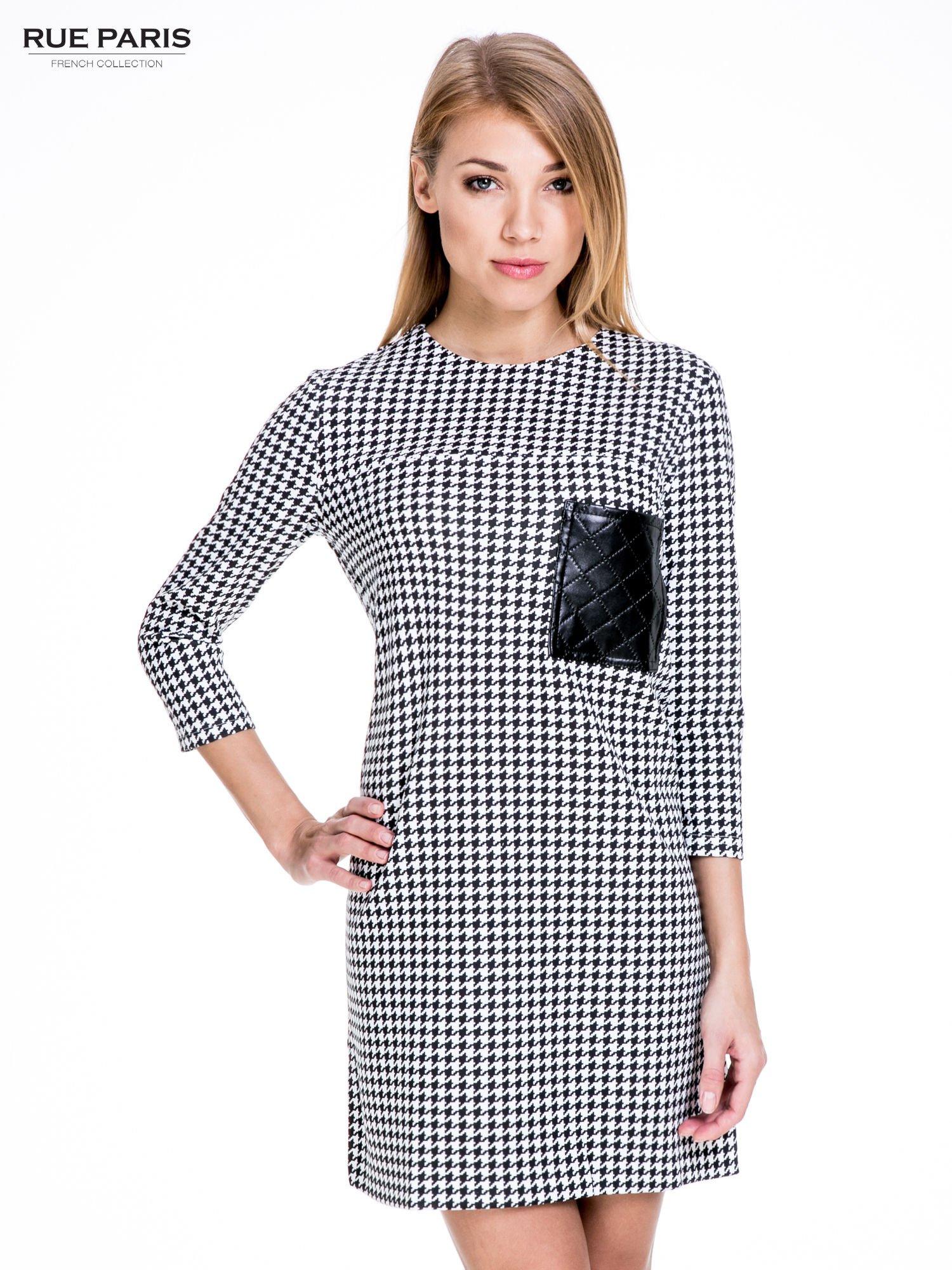 db89f738dd Prosta sukienka w pepitkę z kieszonką z pikowanej skóry - Sukienka ...
