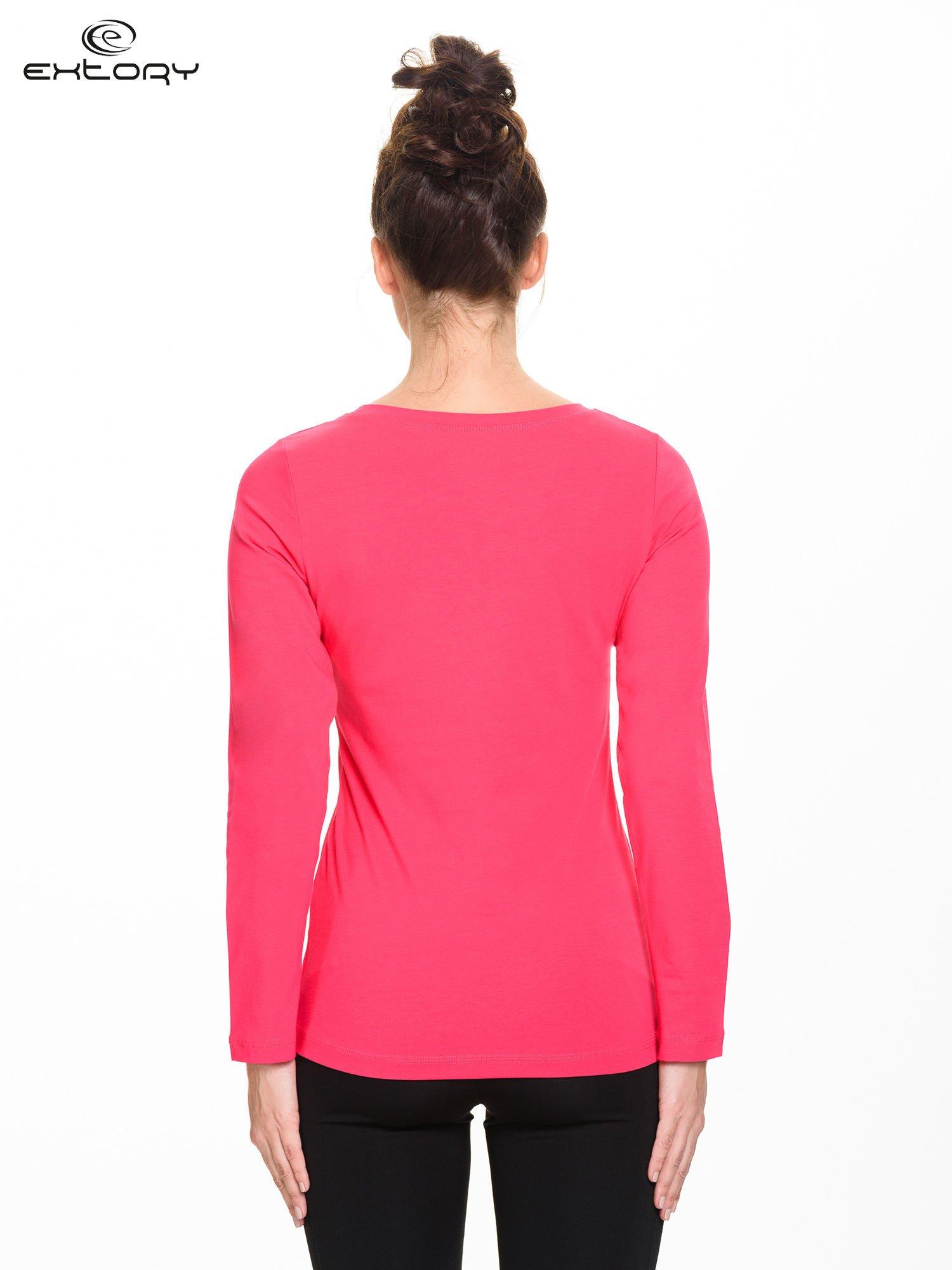 Różowa gładka bluzka sportowa z dekoltem U PLUS SIZE                                  zdj.                                  3
