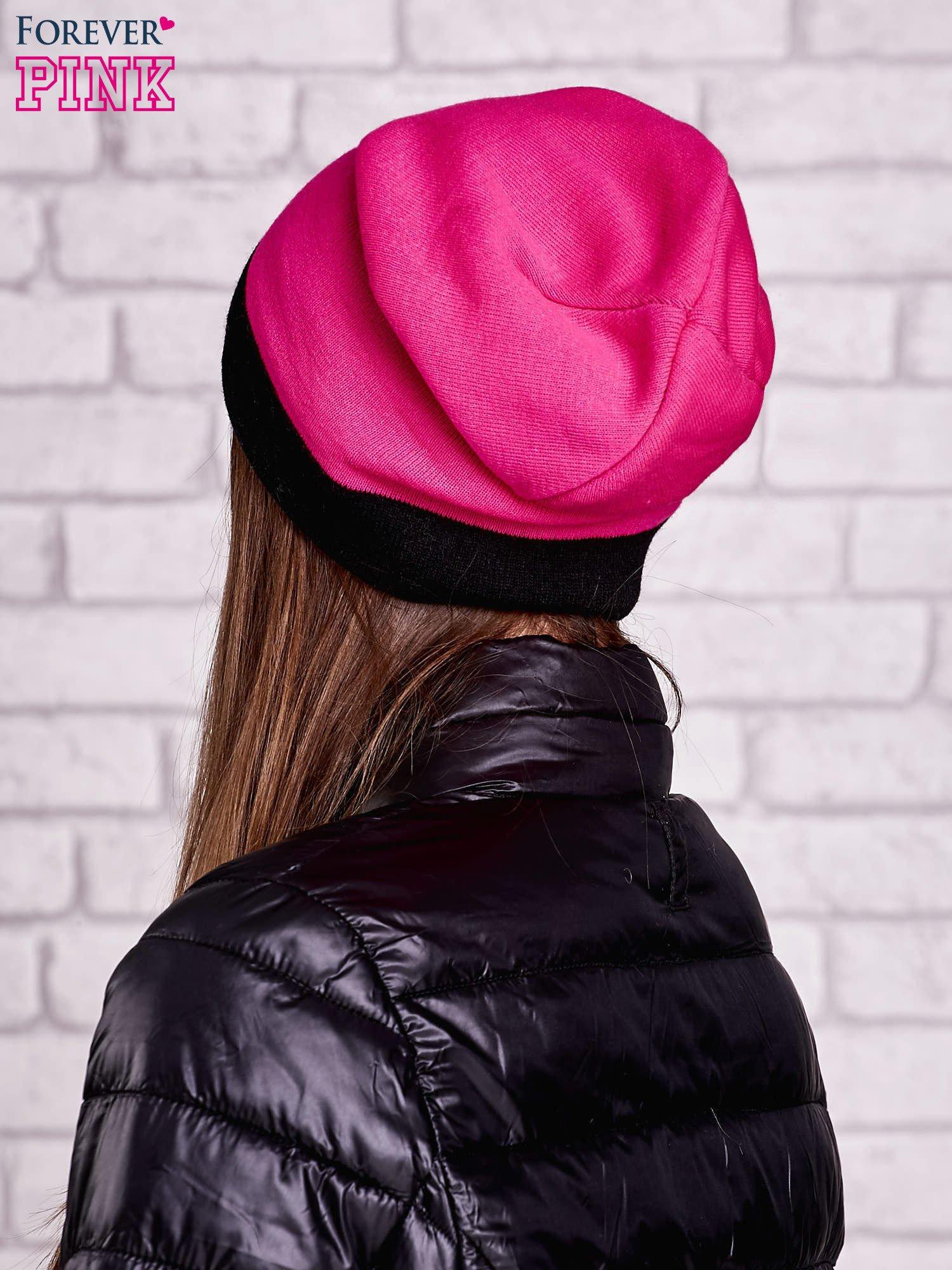 Różowa gładka czapka z czarnym mankietem                                  zdj.                                  2