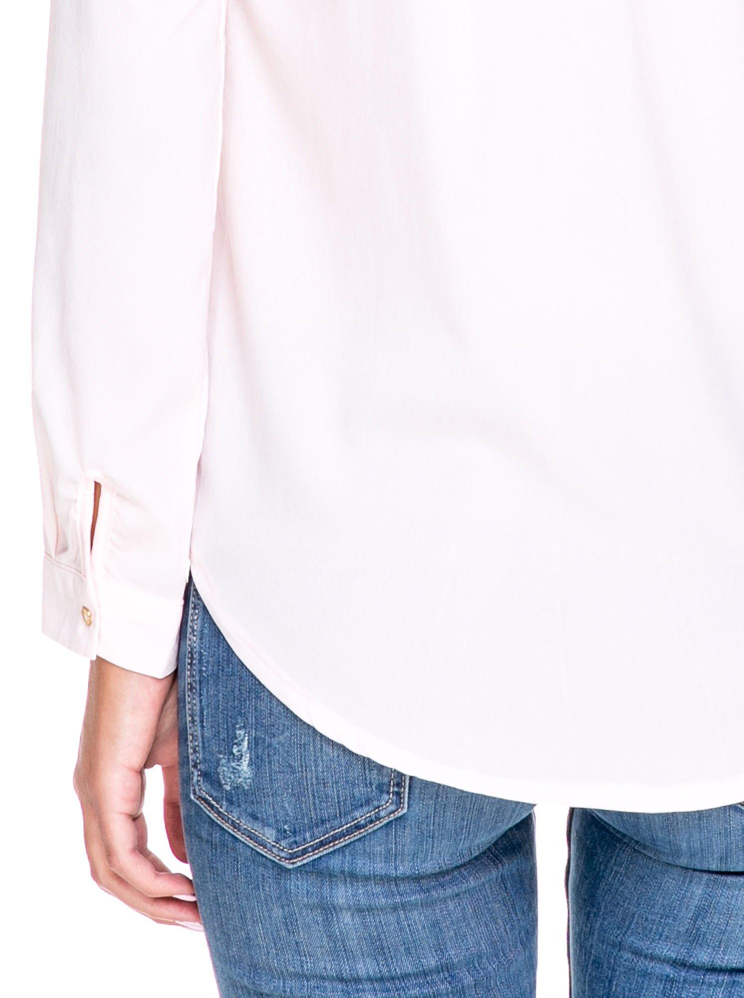 Różowa koszula ze złotym suwakiem i kieszonkami                                  zdj.                                  8