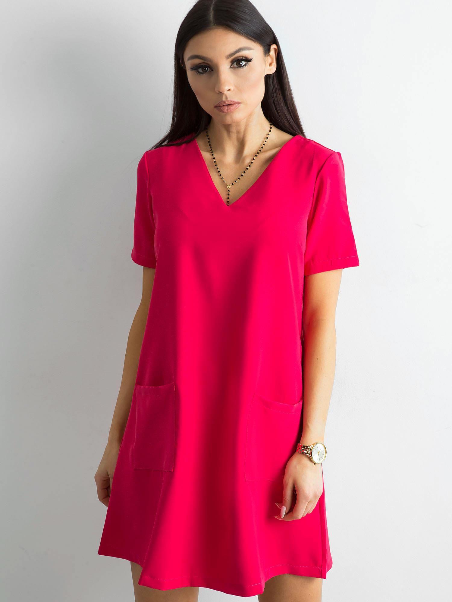 c78fda3d21 Różowa sukienka damska z kieszeniami - Sukienka koktajlowa - sklep eButik.pl