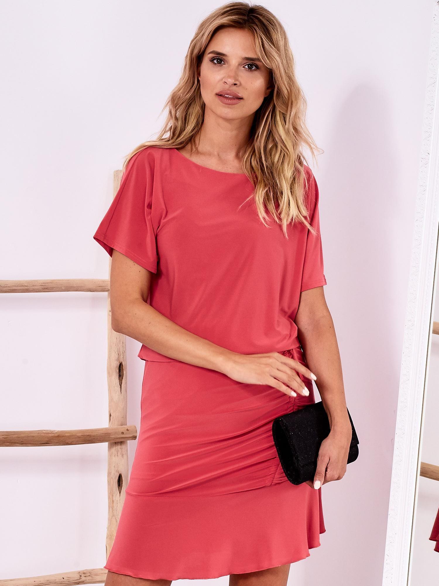 f4b8f035f9 Różowa sukienka z drapowaniem i wycięciem łezką z tyłu - Sukienka ...