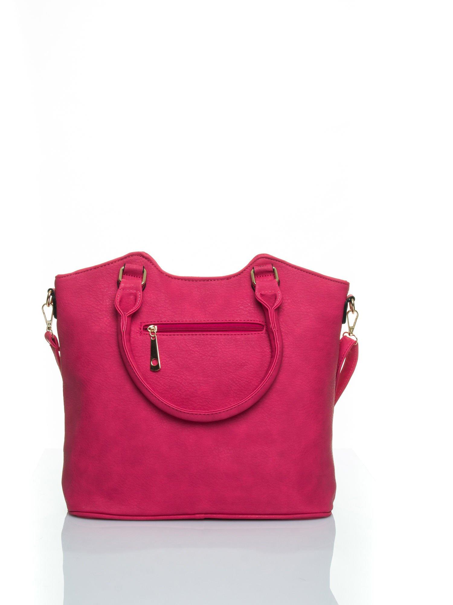 Różowa torebka fakturowana w pasy                                   zdj.                                  3