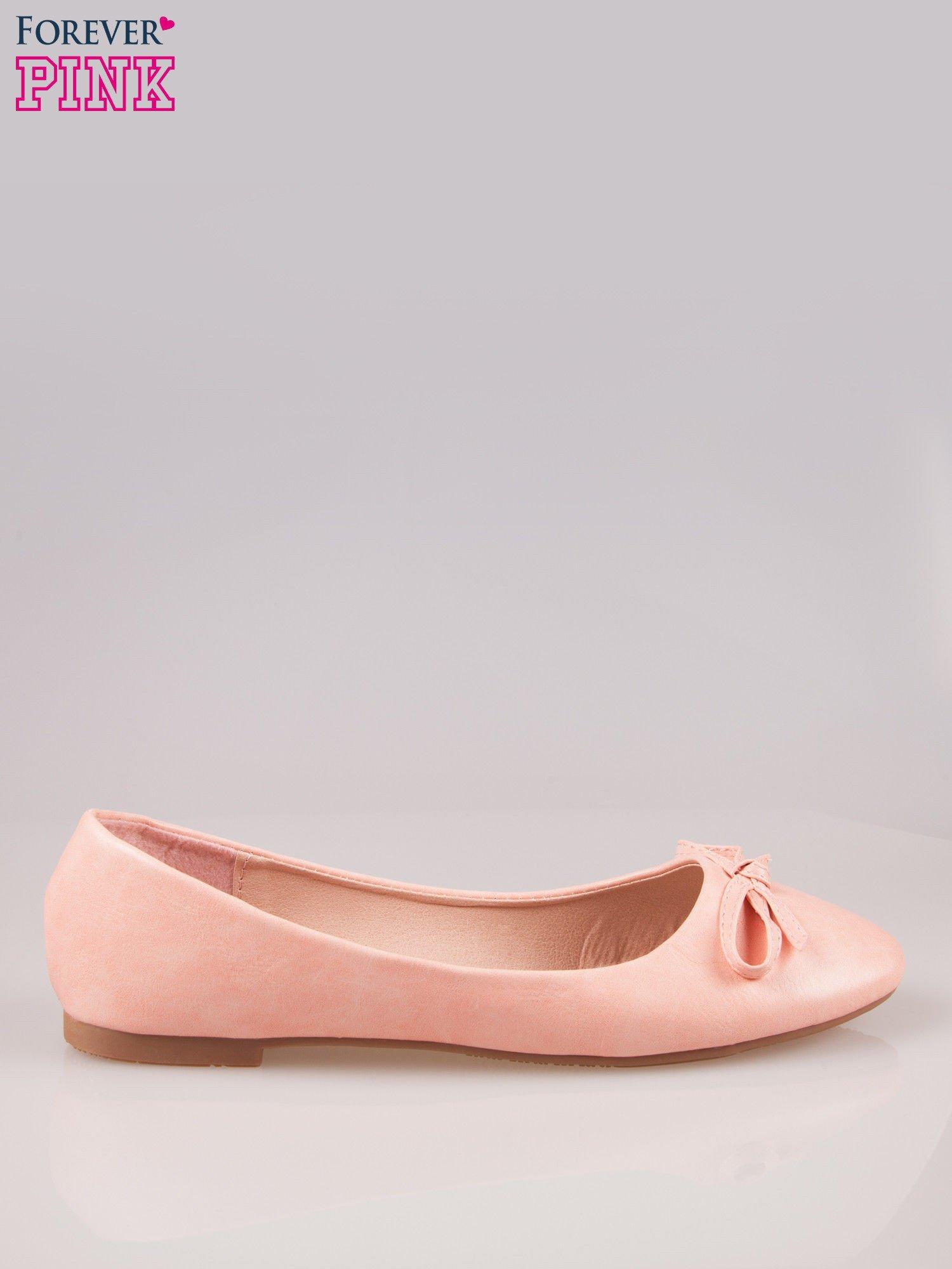 Różowe klasyczne balerinki z kokardką                                  zdj.                                  1