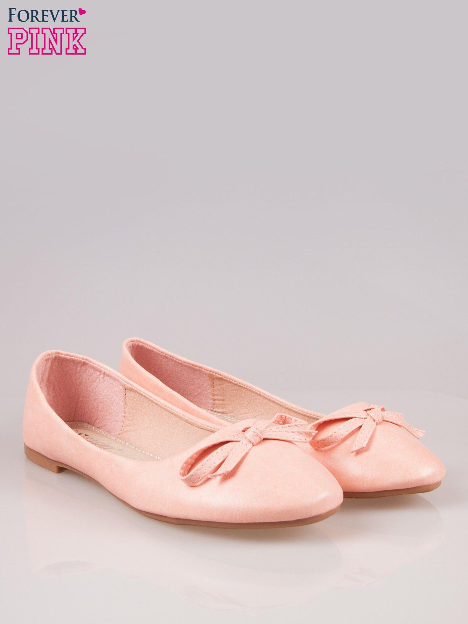 Różowe klasyczne balerinki z kokardką                                  zdj.                                  2