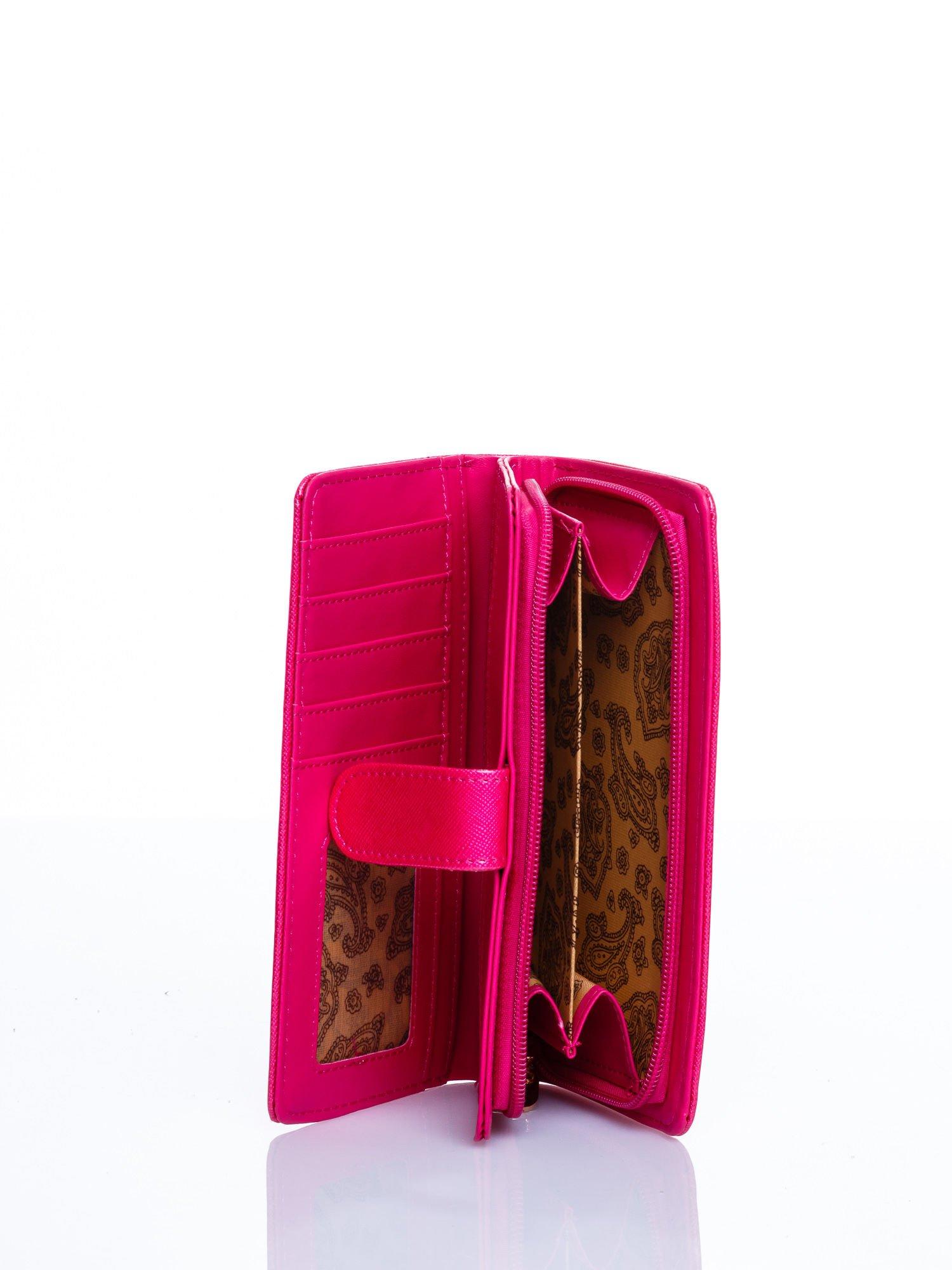 Różowy portfel efekt skóry saffiano                                  zdj.                                  3