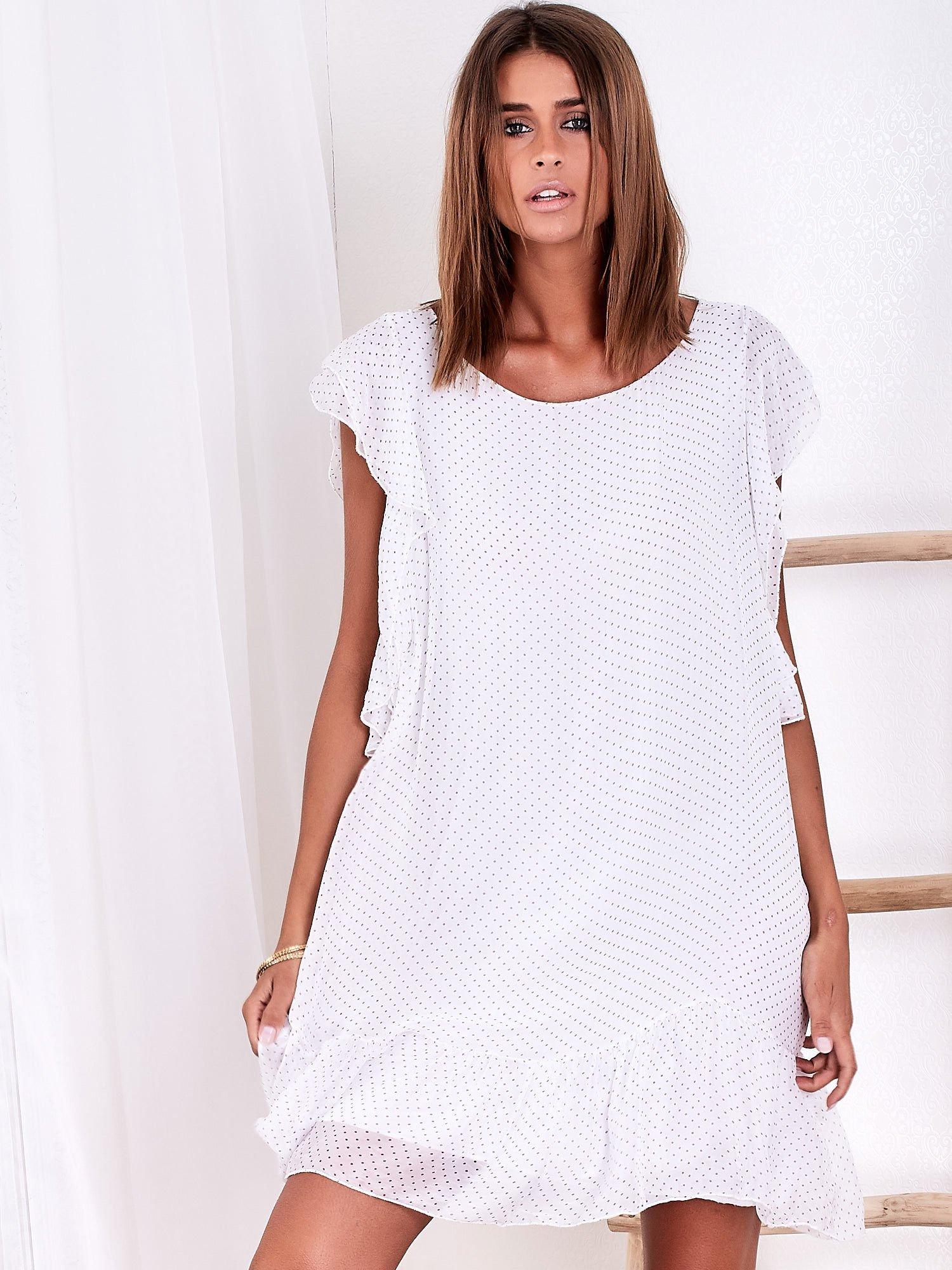 480bb45a01 Biała sukienka w groszki z falbaną - Sukienka na co dzień - sklep ...