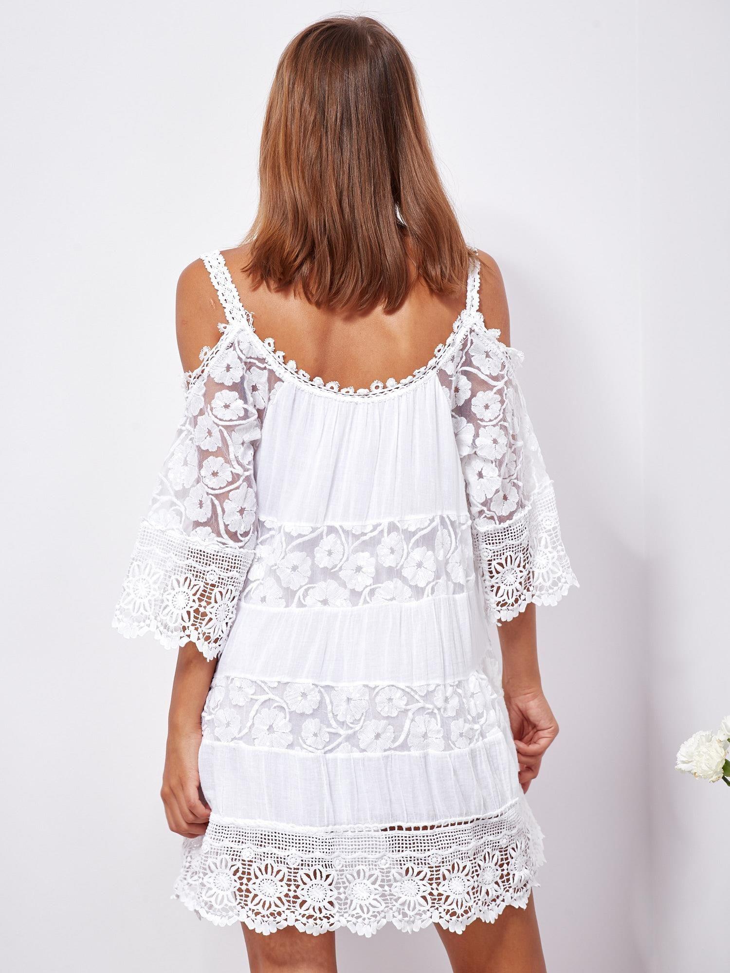 70cc439d42 Biała trapezowa sukienka koronkowa mini - Sukienka na co dzień ...