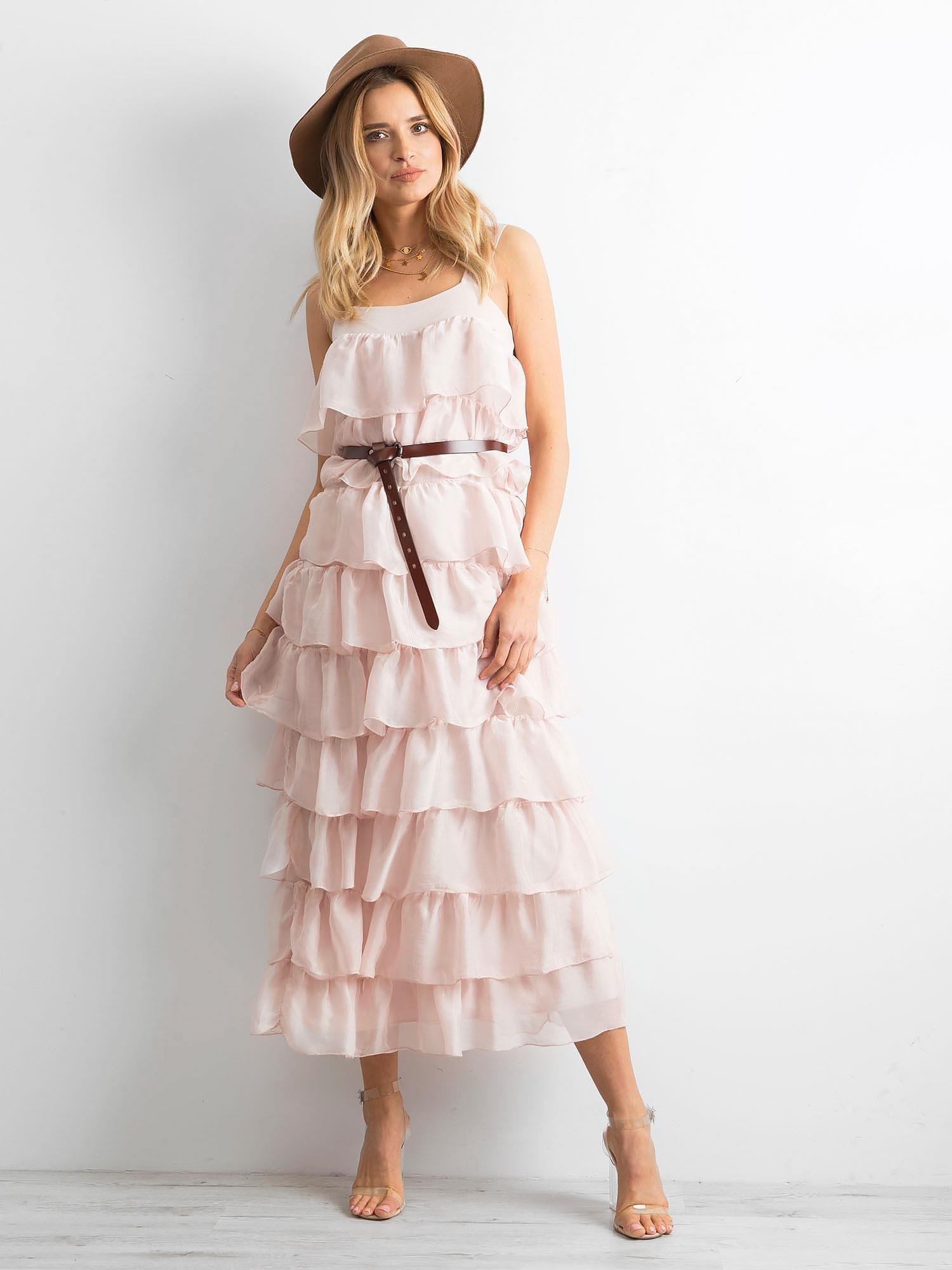 00fdab31 Jasnoróżowa sukienka z falbanami