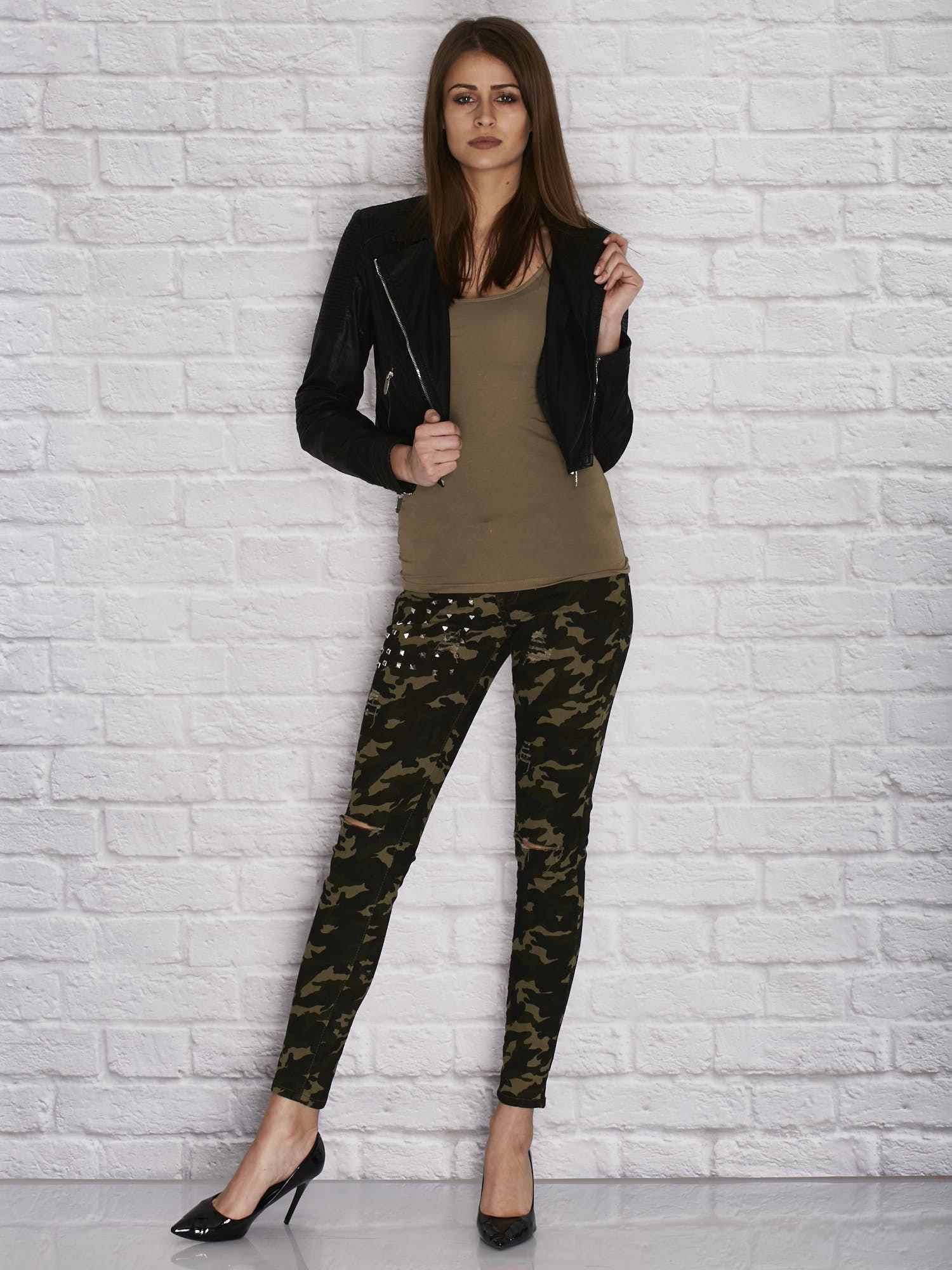 ee9e0c1c8cadc8 4 · Spodnie damskie rurki w moro wzór z dziurami i ćwiekami zielone ...