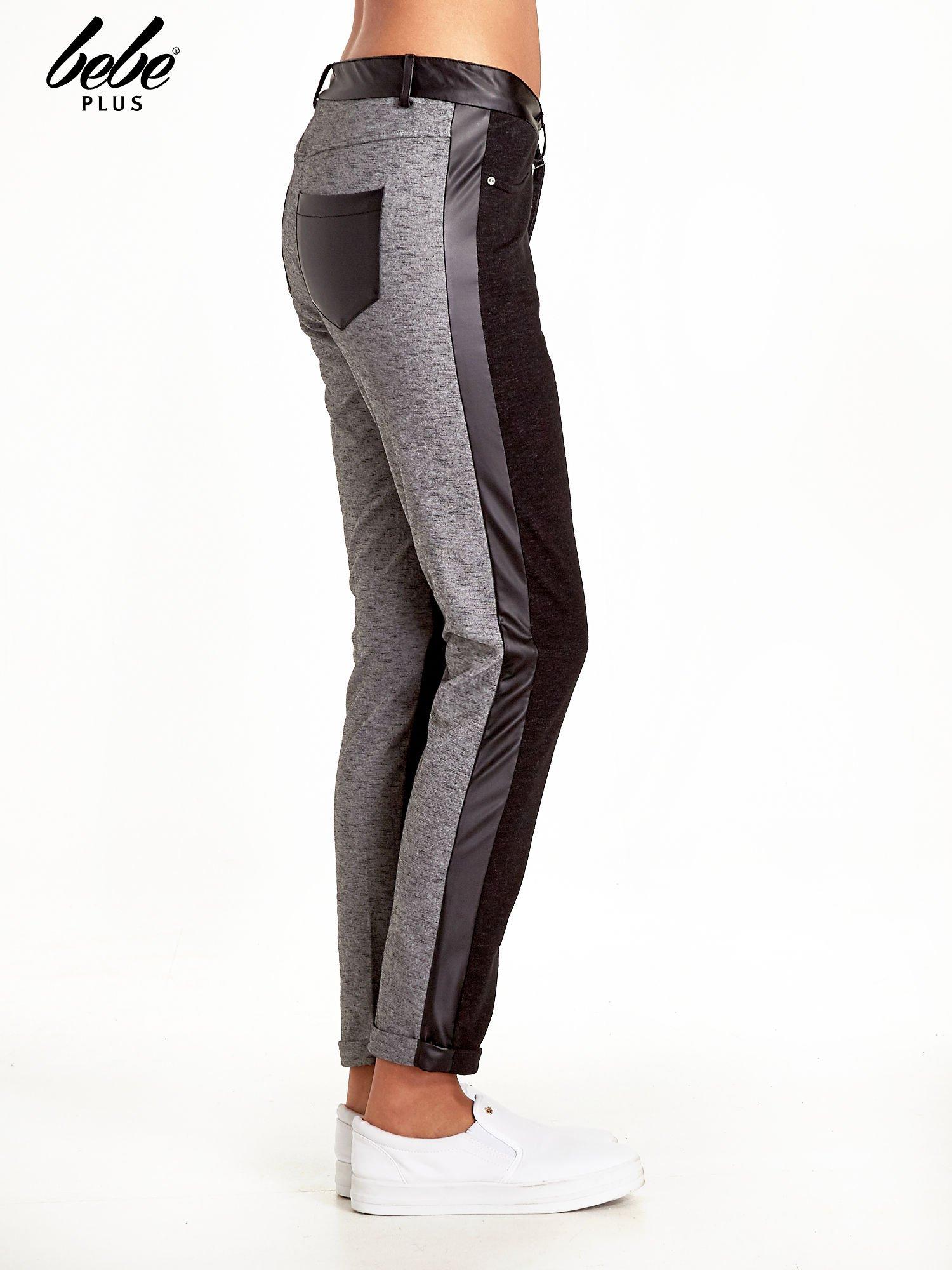 Spodnie two tone ze skórzanymi wstawkami                                  zdj.                                  3