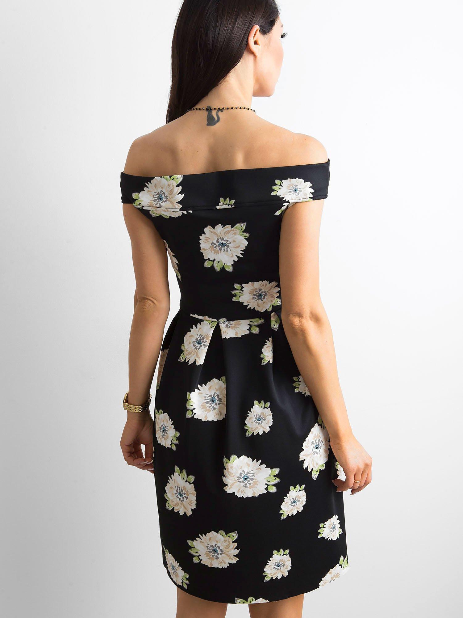 fd2da36cd2 Sukienka czarna z odsłoniętymi ramionami w kwiatki - Sukienka ...