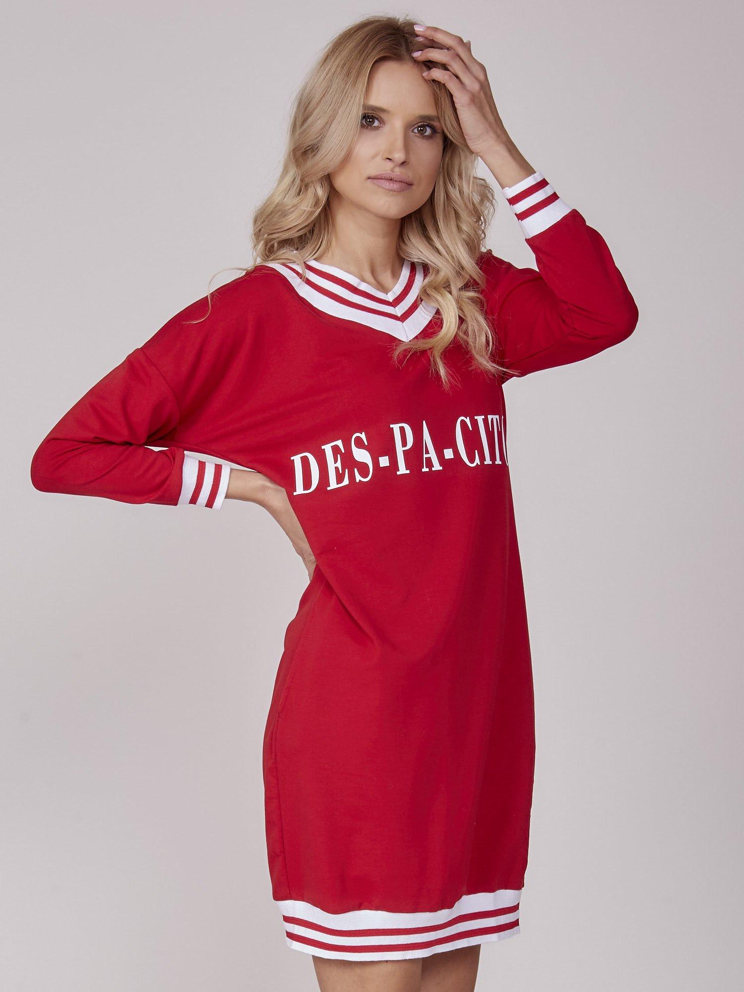 3422b8b4462790 Sukienka damska z napisem DES-PA-CITO czerwona - Sukienka sportowa /  dresowa - sklep eButik.pl