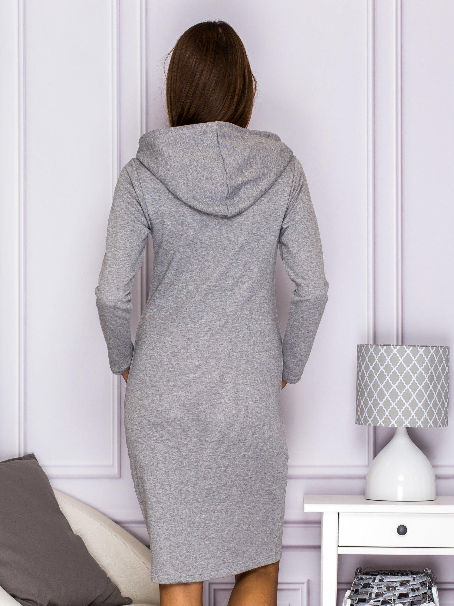 9c62800cdf Sukienka dresowa z kapturem i kieszeniami szara - Sukienka dzianinowa -  sklep eButik.pl