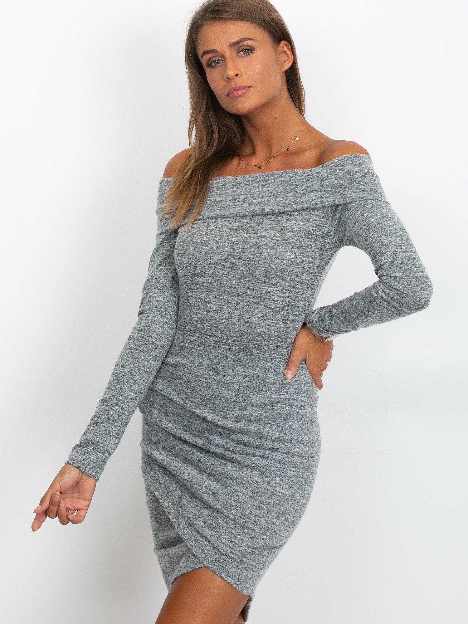 11efb8692c Szara asymetryczna sukienka z dzianiny - Sukienka dzianinowa - sklep ...