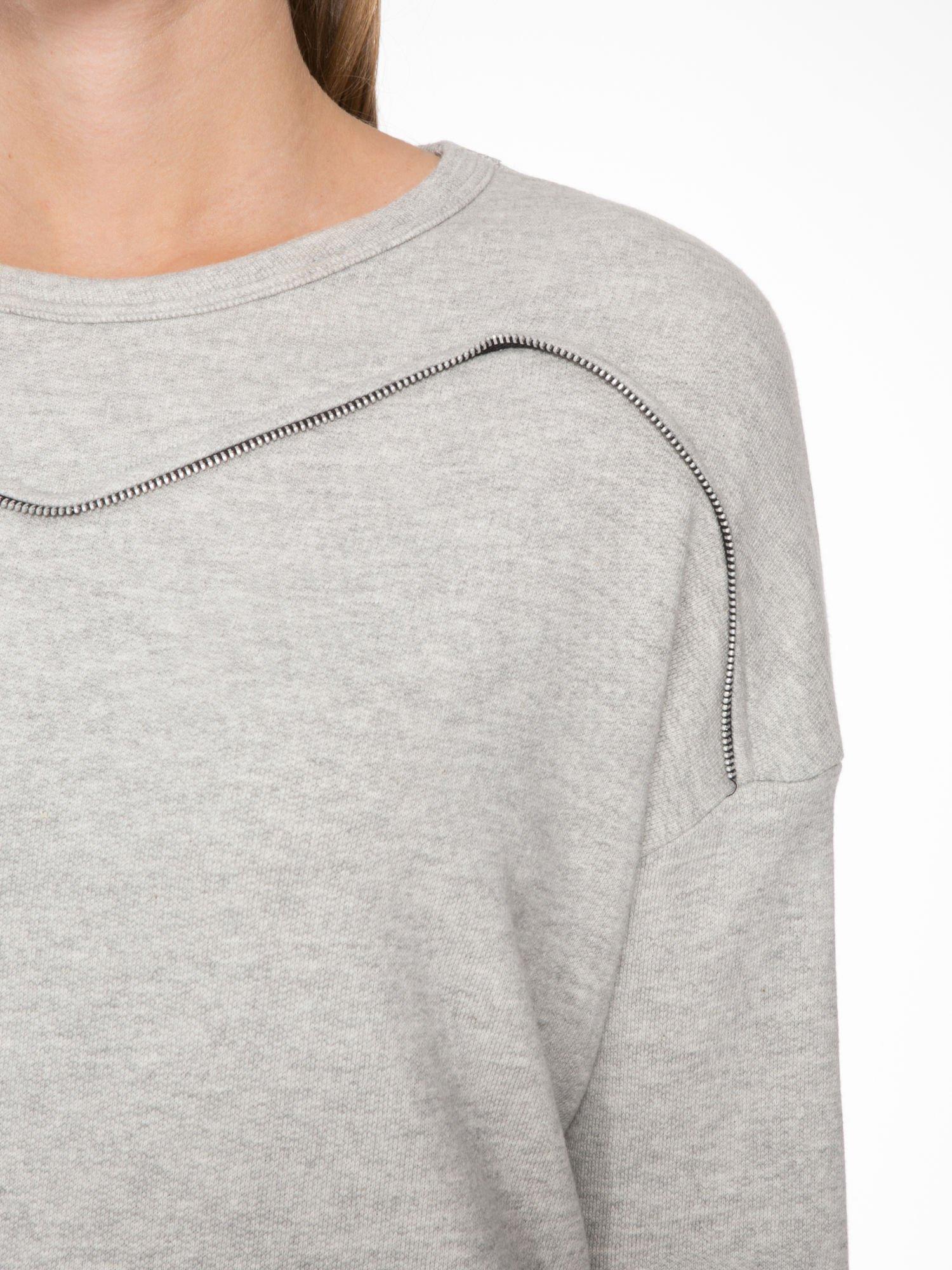 Szara bluza z ozdobnym suwakiem                                  zdj.                                  5