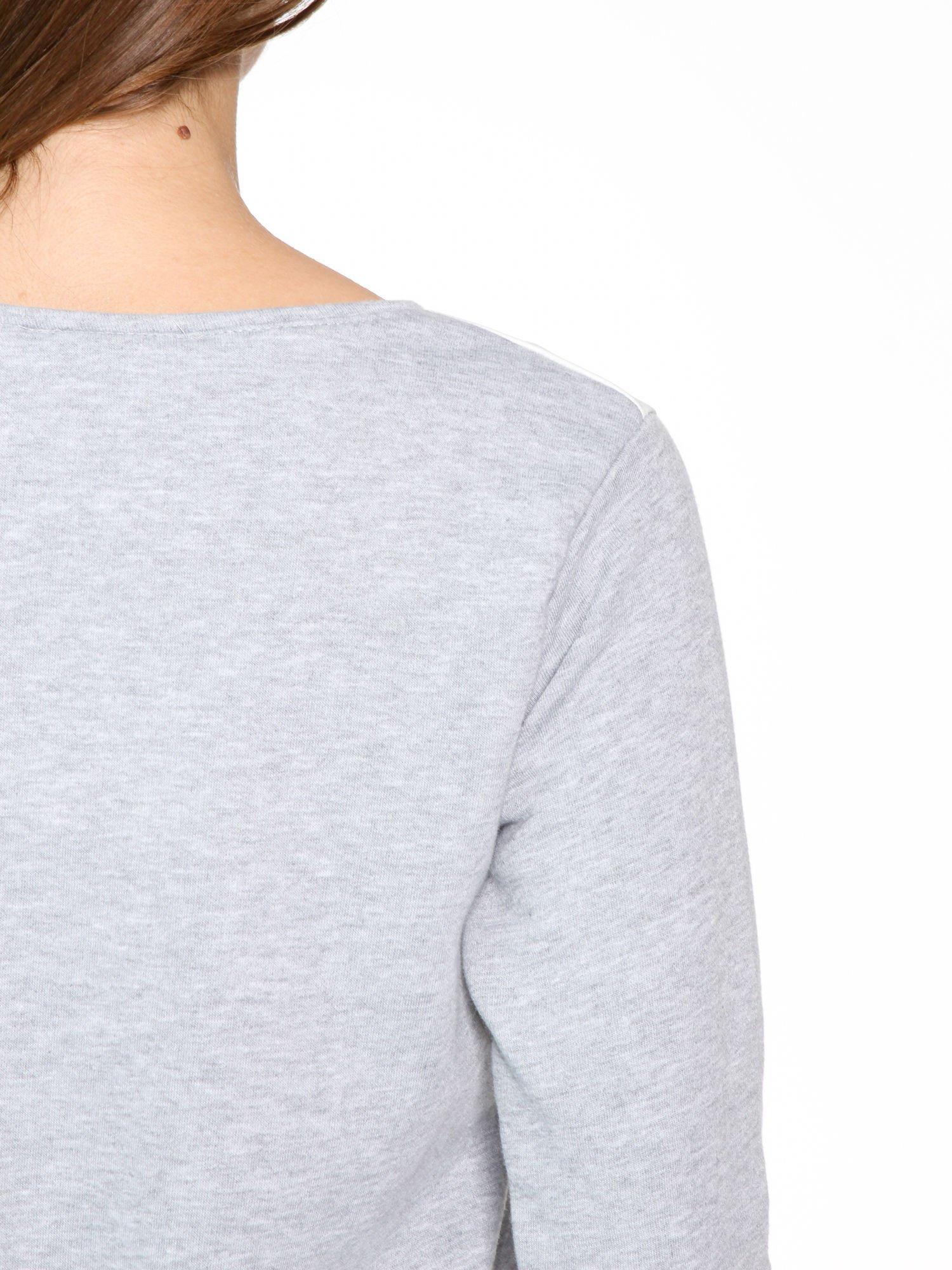 Szara dresowa bluza z nadrukiem kota i napisem QUEEN                                  zdj.                                  10