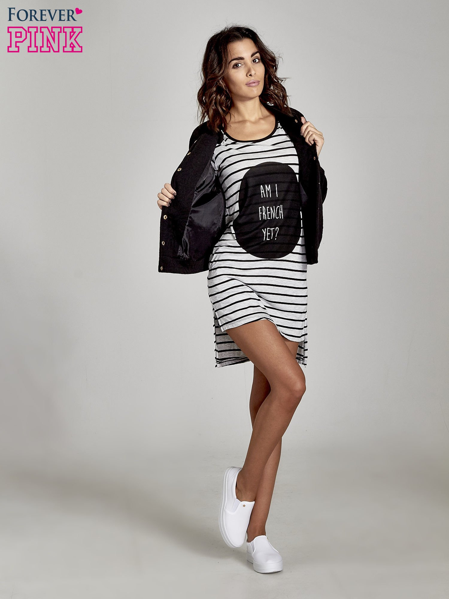 Szaro-czarna sukienka w paski cut out shoulder                                  zdj.                                  2