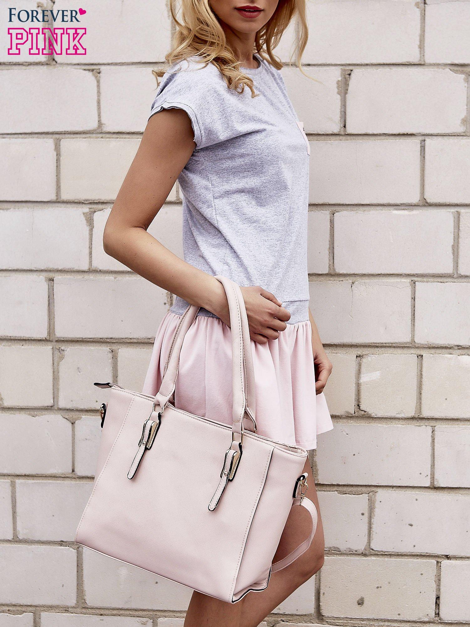 Szaro-różowa dresowa sukienka tenisowa z kieszonką                                  zdj.                                  3