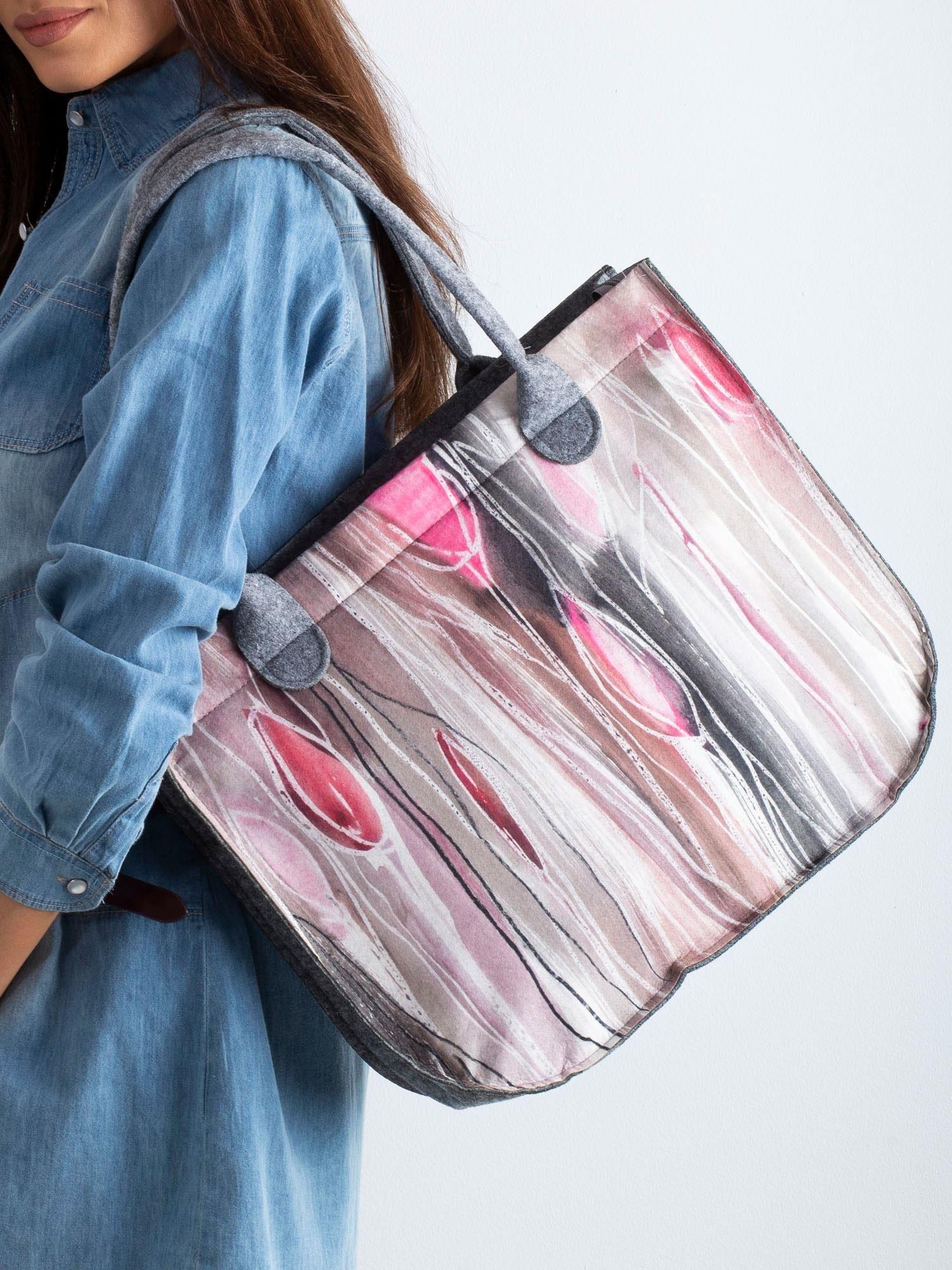 a61a8107ec6dd Szaro-różowa torba filcowa z nadrukiem - Akcesoria torba - sklep ...