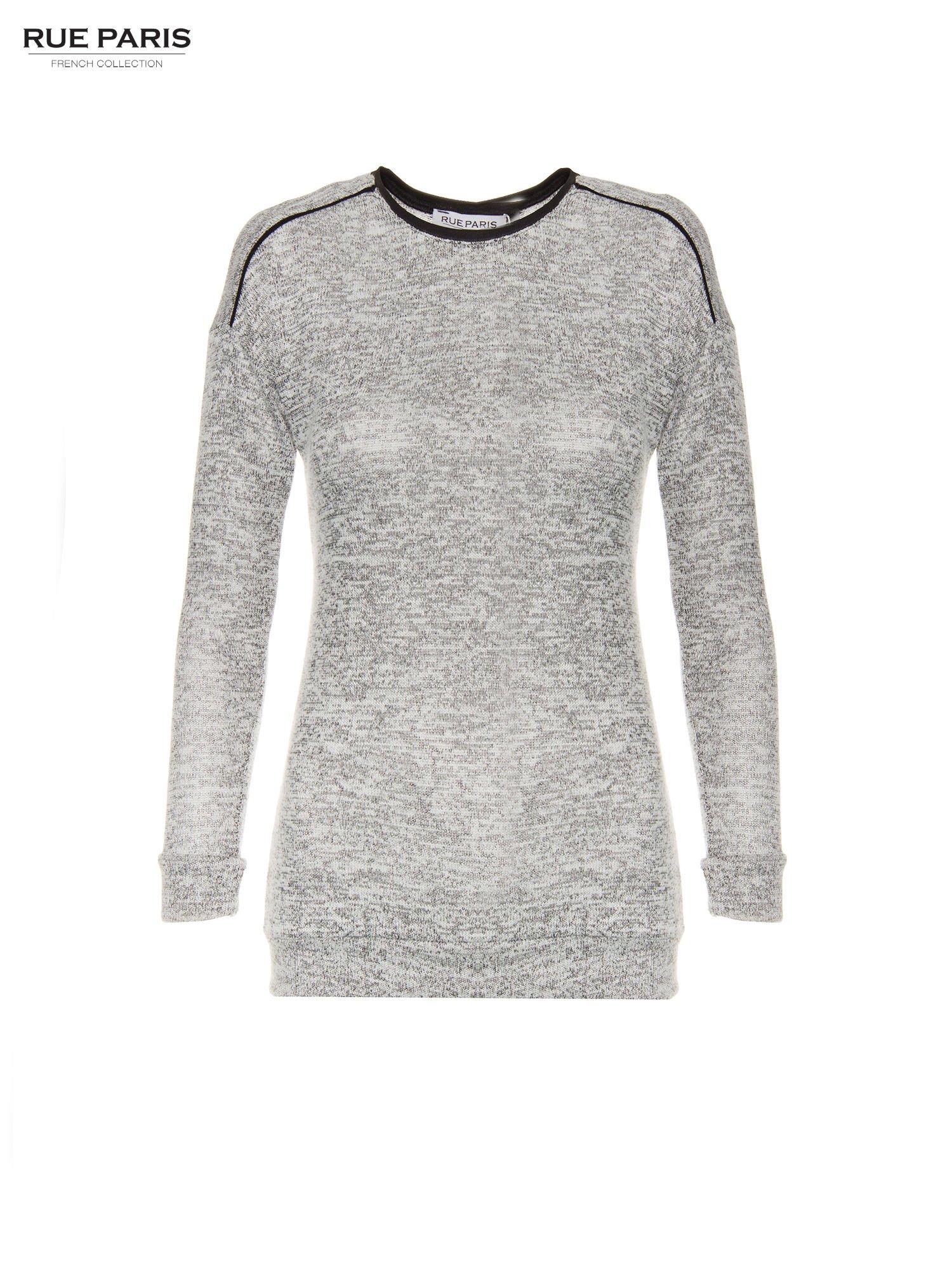 Szary melanżowy sweter z kontrastowymi wstawkami przy dekolcie                                  zdj.                                  5