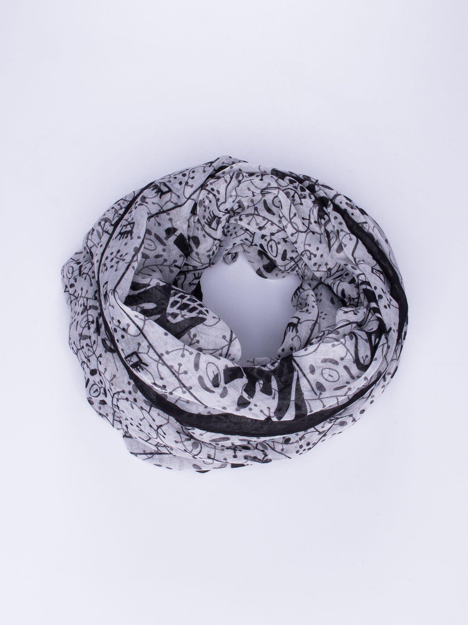 Szary orientalny szal we wzór ze słoni                                  zdj.                                  1