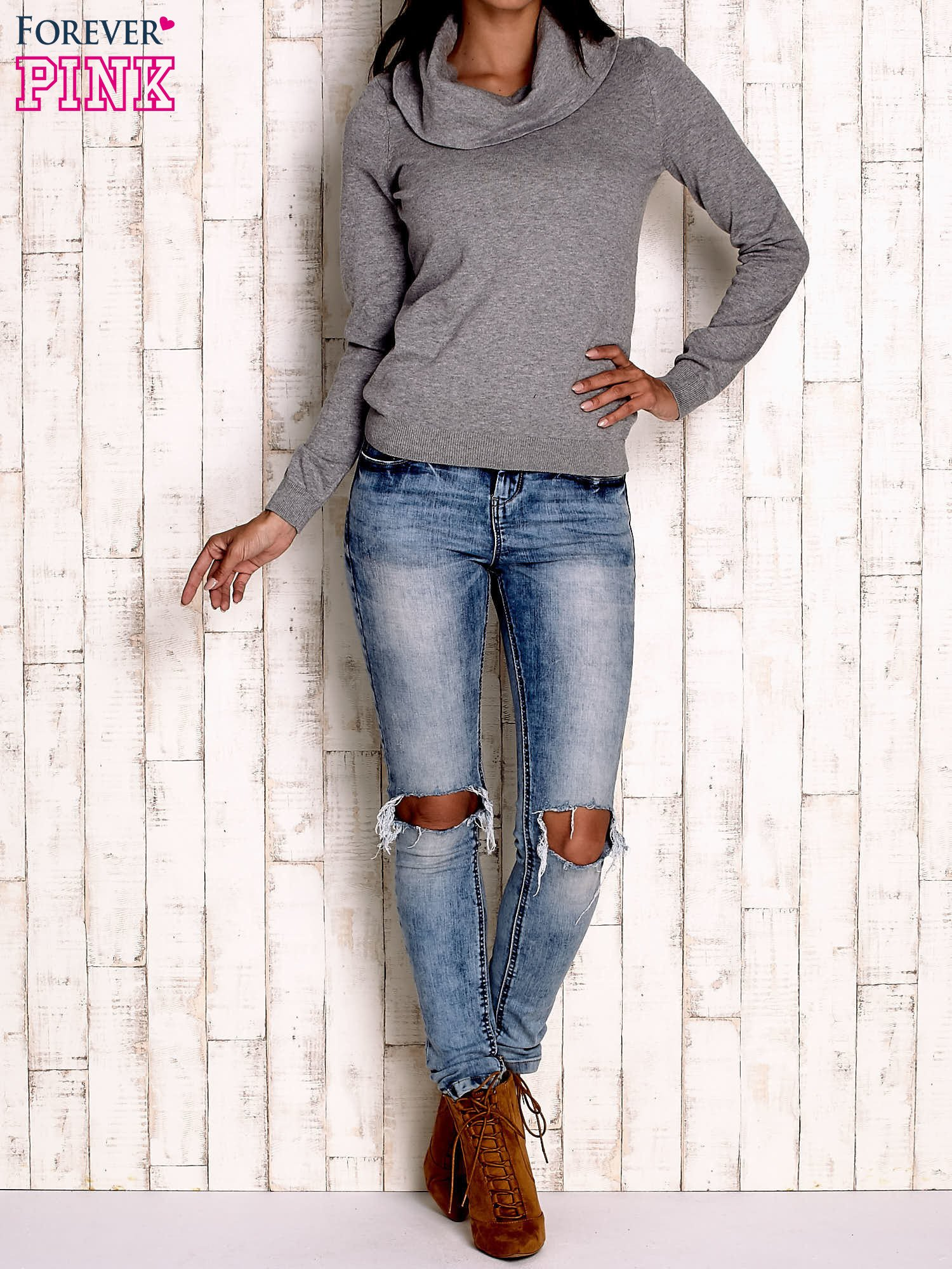 Szary sweter z szerokim golfem                                  zdj.                                  2