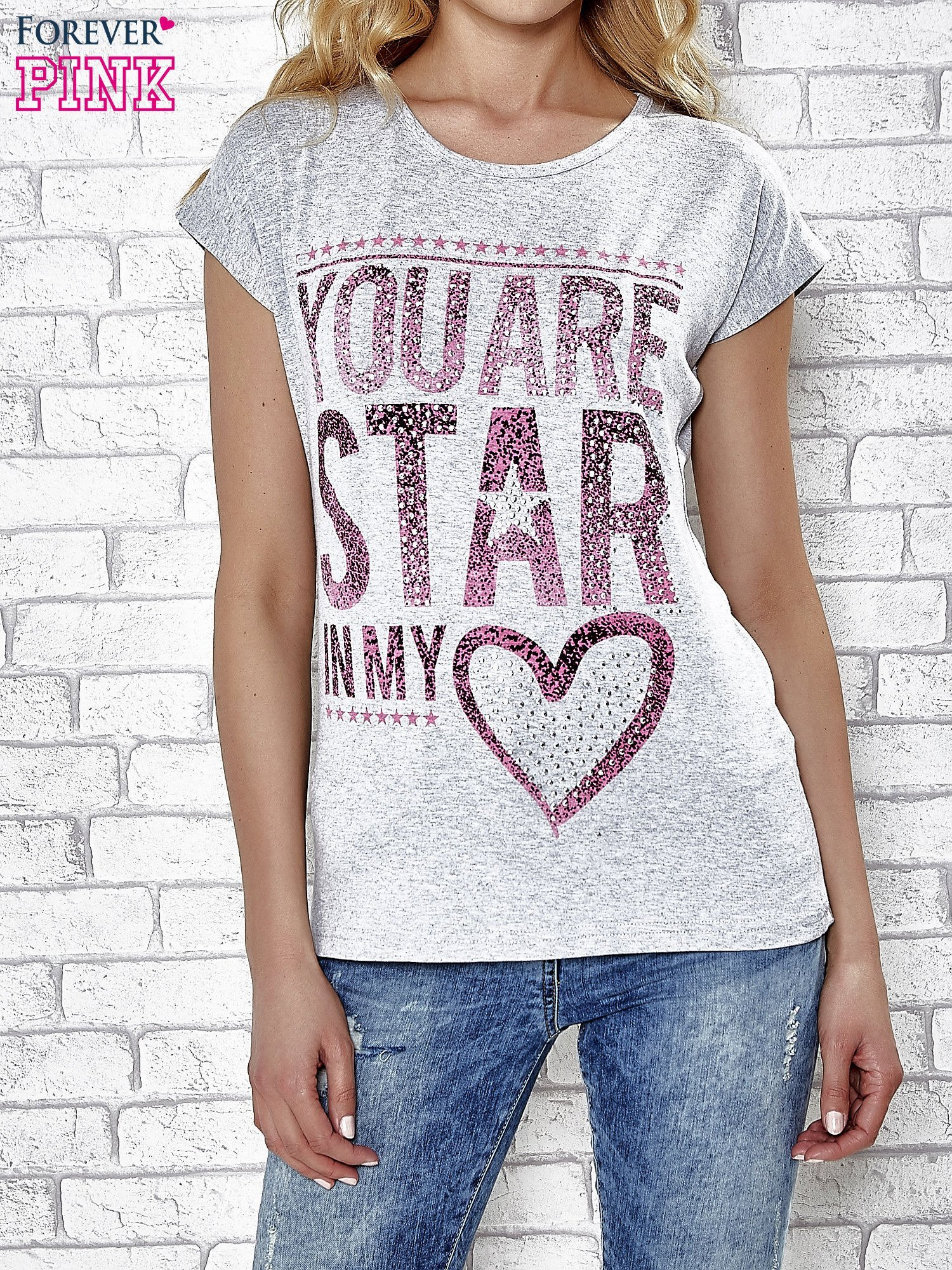 Szary t-shirt z napisem YOU ARE STAR IN MY HEART z dżetami                                  zdj.                                  1
