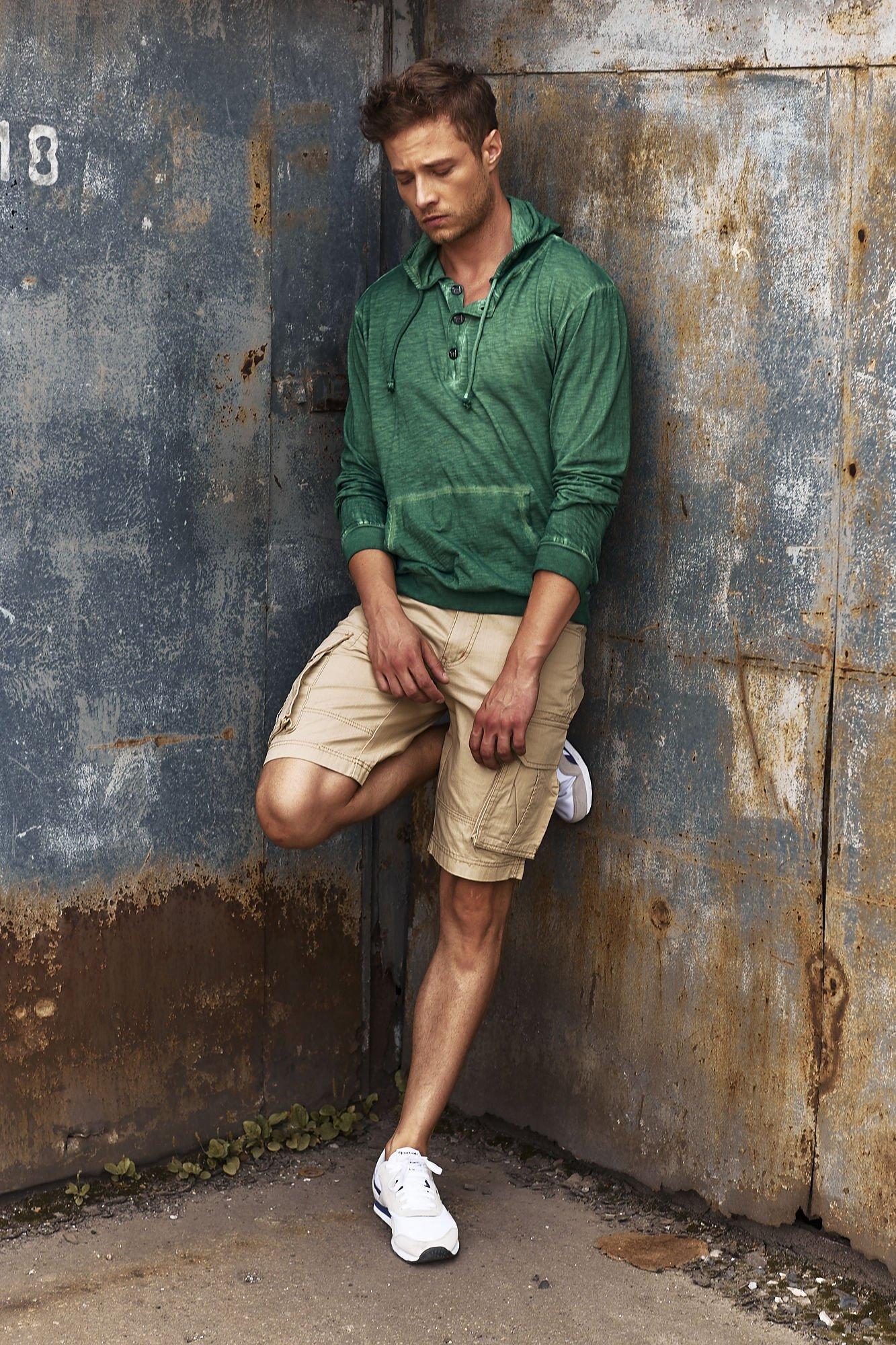 Zielona bluza męska z efektem acid wash Funk n Soul                                  zdj.                                  9