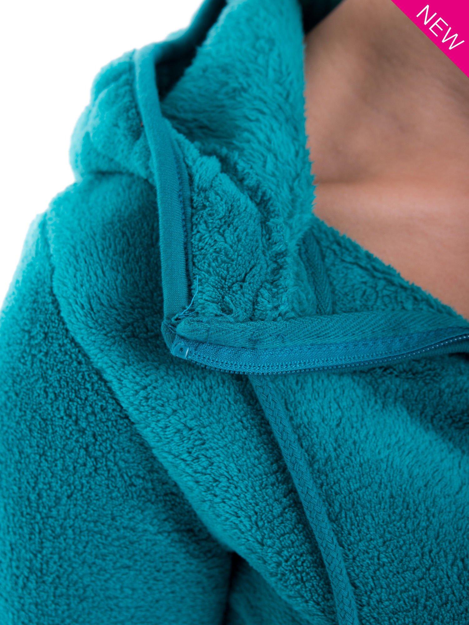 Zielona bluza miś z kapturem z uszkami i pomponami                                  zdj.                                  7